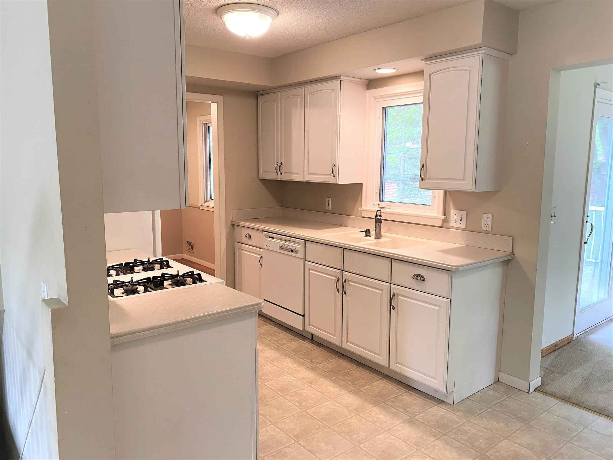View 46 photos of this 3 bed, 2 bath, and 2,335 sqft. single_family home located at 1307 Winnetka Ave N, Golden Valley, Minnesota 55427 is Active for $339,900.
