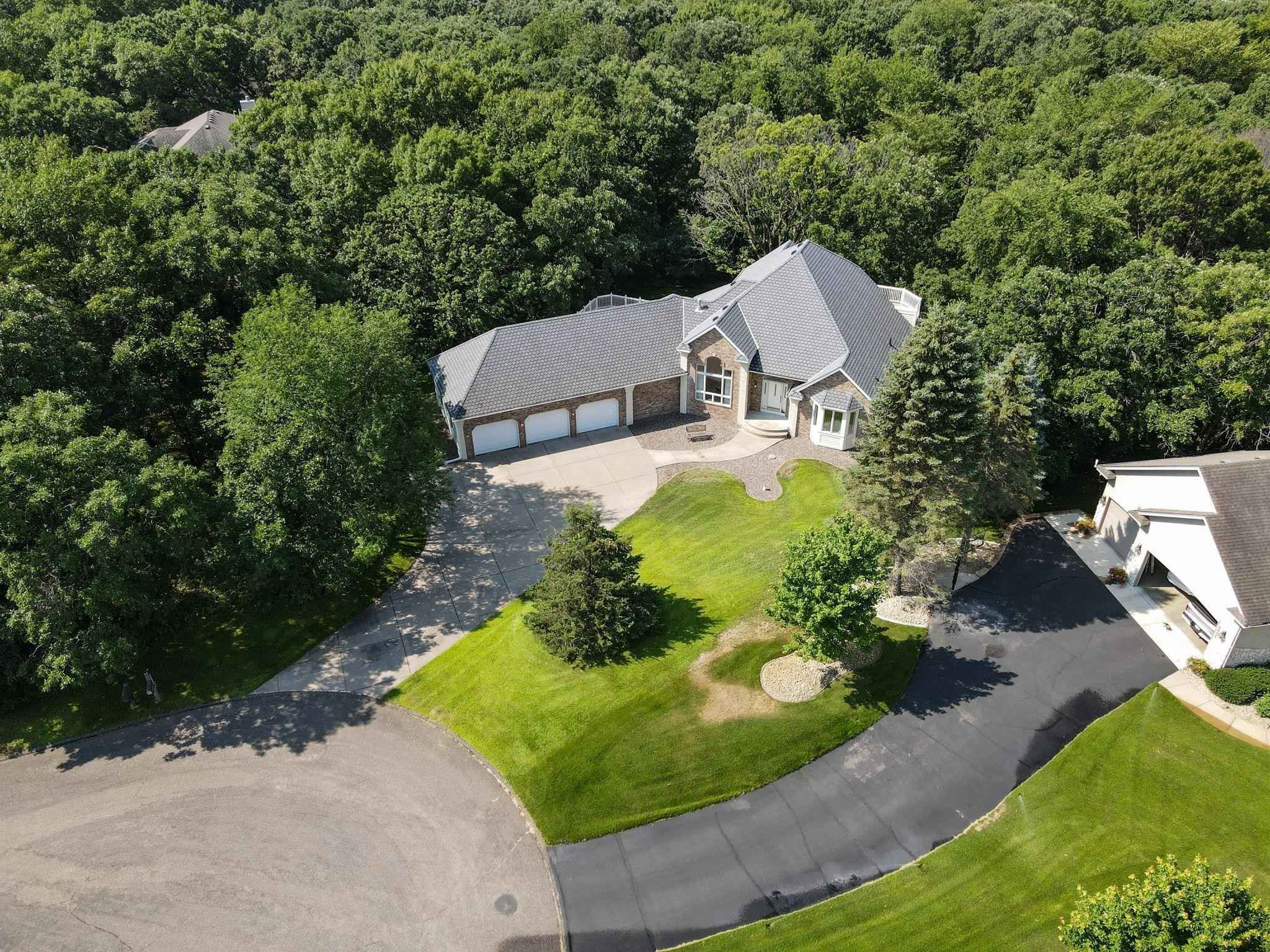 View 41 photos of this 4 bed, 4 bath, and 4,542 sqft. single_family home located at 8790 Royal Ct NW, Ramsey, Minnesota 55303 is Active for $649,900.
