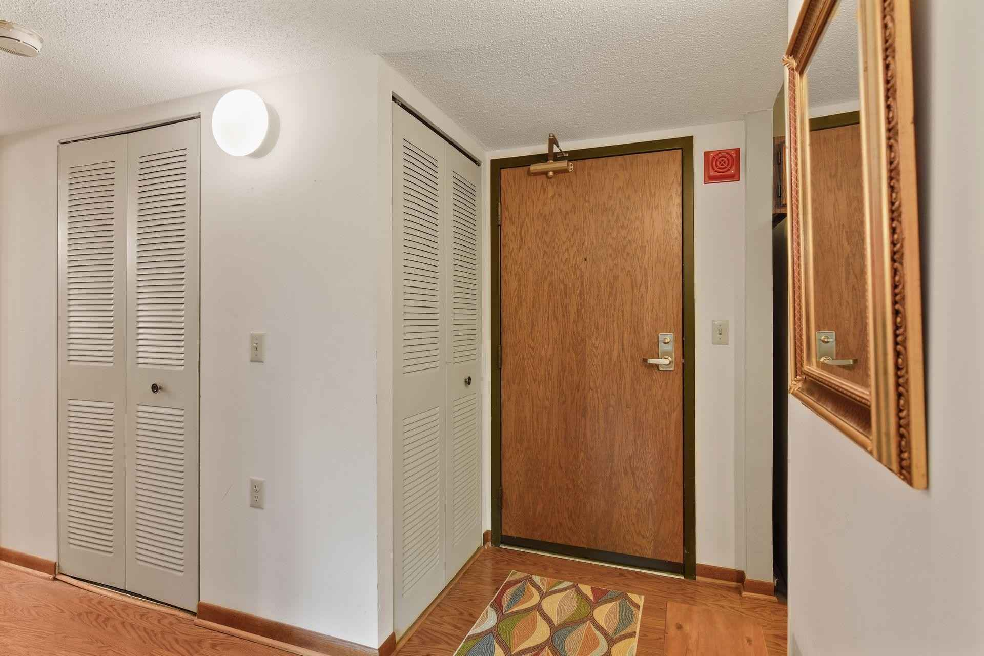 View 31 photos of this 1 bed, 1 bath, and 750 sqft. condo home located at 6615 Lake Shore Dr S Apt 403, Richfield, Minnesota 55423 is Active for $115,000.