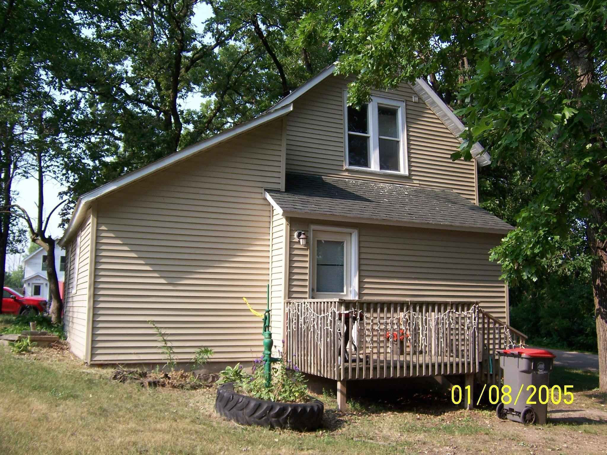 View 7 photos of this 3 bed, 2 bath, and 900 sqft. single_family home located at 331 E Lake St, Parkers Prairie, Minnesota 56361 is Active for $114,900.