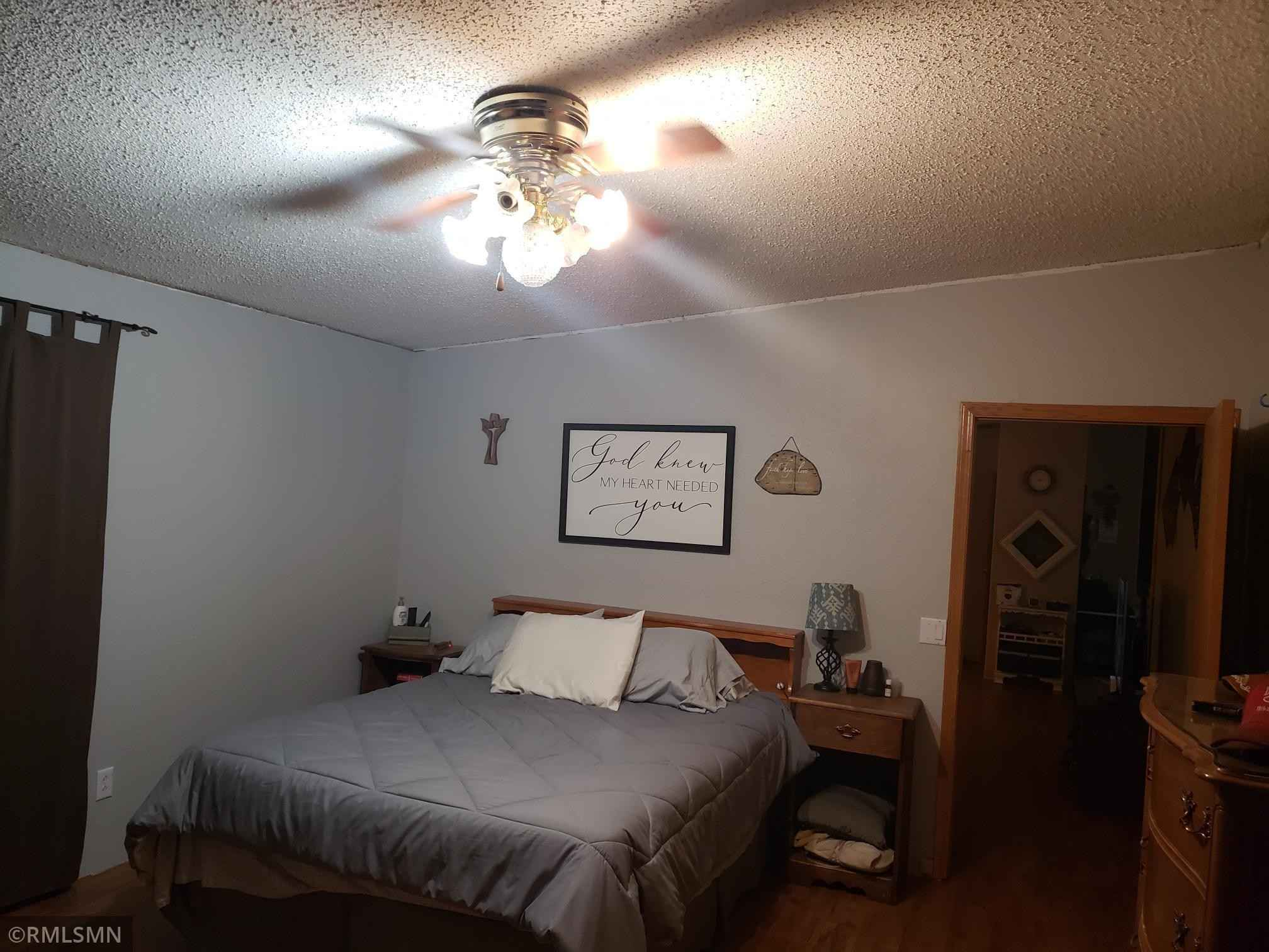 View 15 photos of this 4 bed, 2 bath, and 2,128 sqft. mobile home located at 107 1st St, Donnelly, Minnesota 56235 is Active for $99,900.