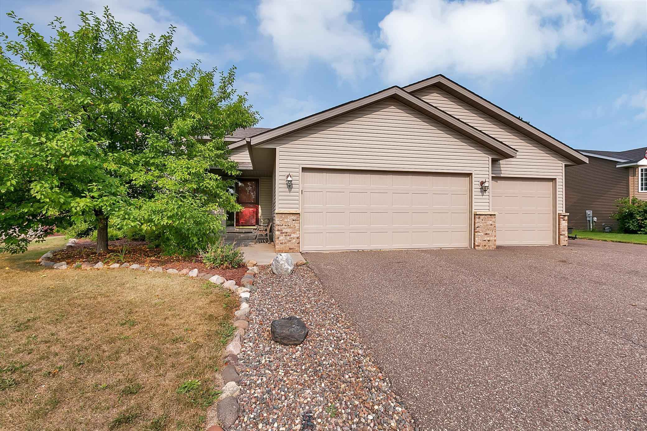 View 27 photos of this 4 bed, 2 bath, and 2,002 sqft. single_family home located at 653 Brooke Ave, Foley, Minnesota 56329 is Pending for $229,900.