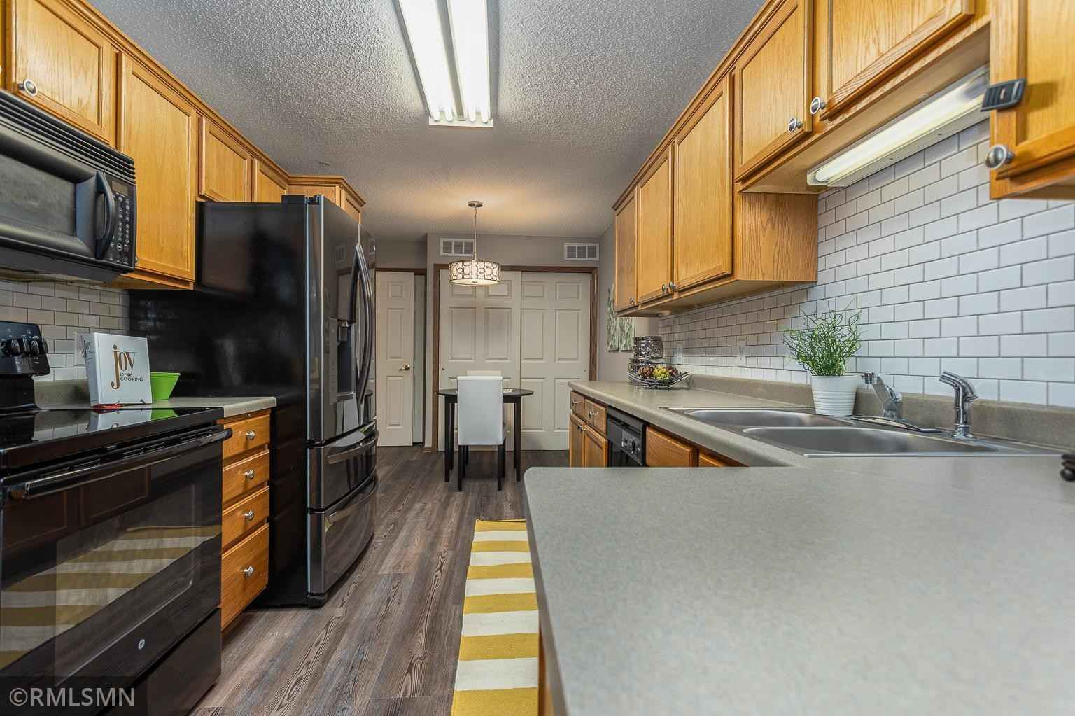 View 23 photos of this 2 bed, 2 bath, and 1,438 sqft. condo home located at 5480 Bryce Ave, Inver Grove Heights, Minnesota 55076 is Sold for $195,000.