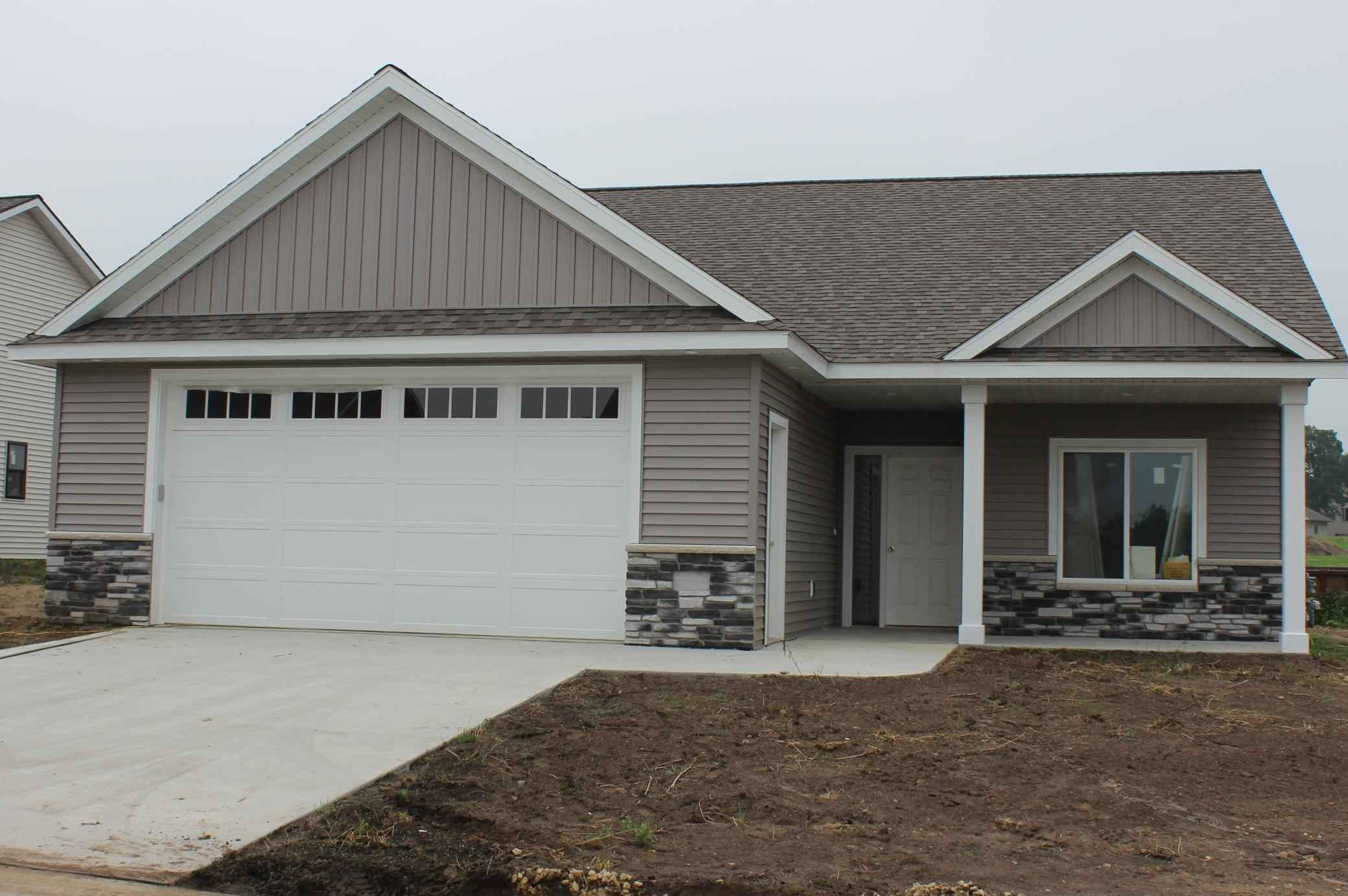View 1 photos of this 2 bed, 2 bath, and 1,301 sqft. single_family home located at 838 Bucknell Ln SE, Stewartville, Minnesota 55976 is Active for $344,800.
