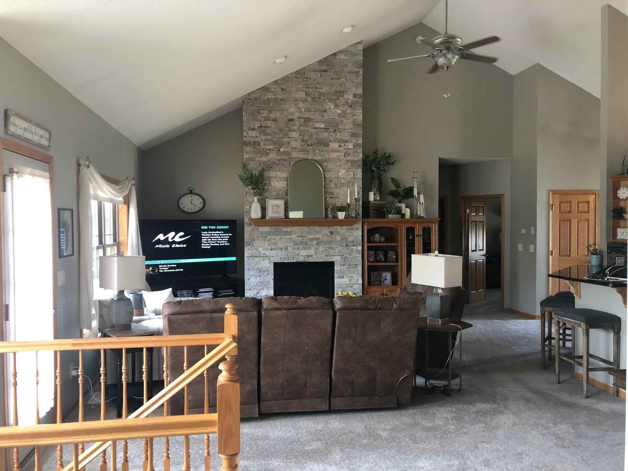 View 22 photos of this 5 bed, 3 bath, and 3,630 sqft. single_family home located at 1813 4th St NE, Willmar, Minnesota 56201 is Active for $469,900.