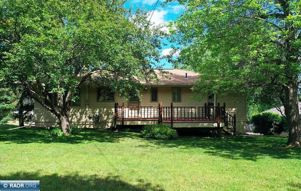 View 18 photos of this 3 bed, 2 bath, and 1,916 sqft. single_family home located at 601 N Van Buren Ave, Eveleth, Minnesota 55734 is ACTIVE for $239,900.