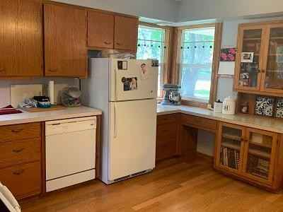 View 21 photos of this 3 bed, 3 bath, and 1,196 sqft. single_family home located at 705 3rd St S, Waterville, Minnesota 56096 is Pending for $199,900.