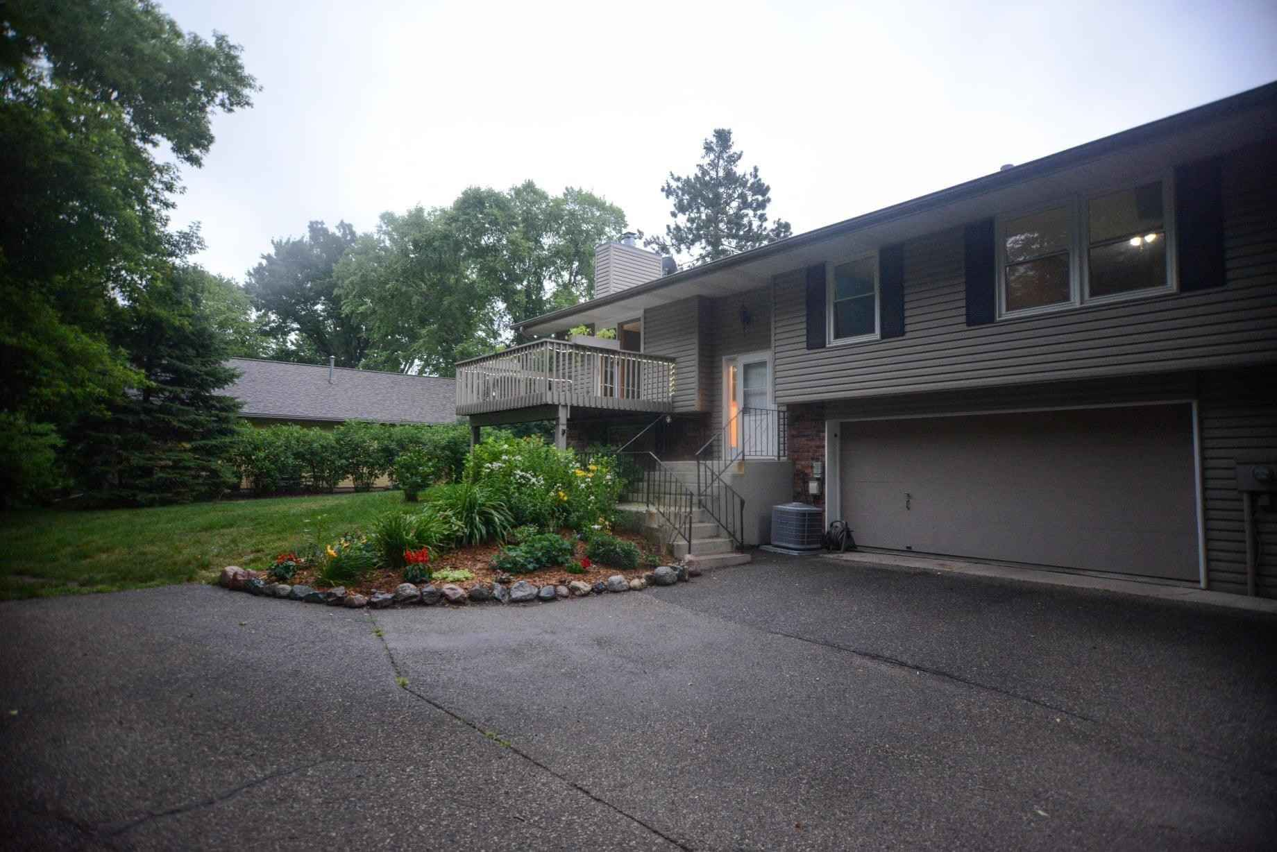 View 16 photos of this 2 bed, 2 bath, and 1,012 sqft. condo home located at 1117 Meadowview Dr, Stillwater, Minnesota 55082 is Active for $267,500.