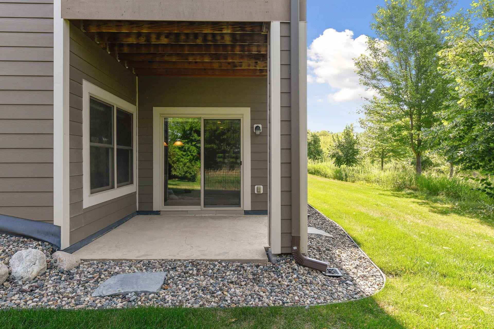 View 54 photos of this 3 bed, 3 bath, and 3,016 sqft. condo home located at 5505 Fernbrook Ln N, Plymouth, Minnesota 55446 is Pending for $609,500.