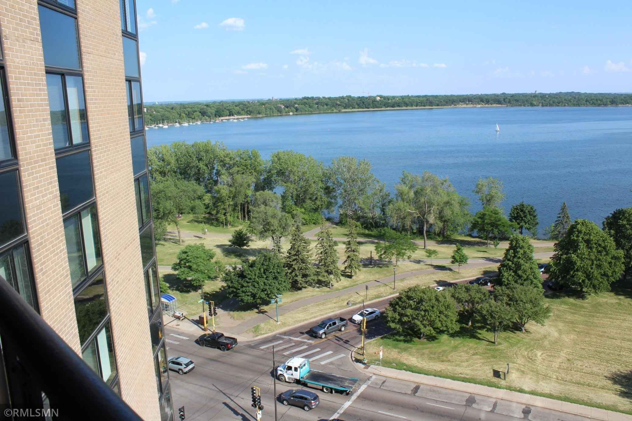 View 1 photos of this 1 bed, 2 bath, and 1,160 sqft. condo home located at 2950 Dean Pkwy Apt 1206, Minneapolis, Minnesota 55416 is Active for $384,900.