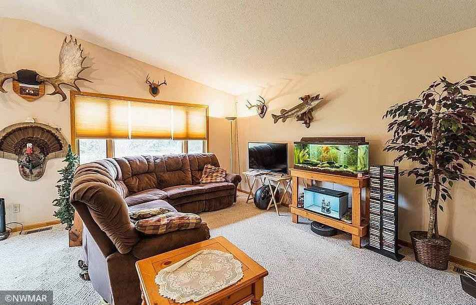View 14 photos of this 4 bed, 4 bath, and 2,371 sqft. single_family home located at 1008 Sirius Dr NW, Bemidji, Minnesota 56601 is Active for $269,900.