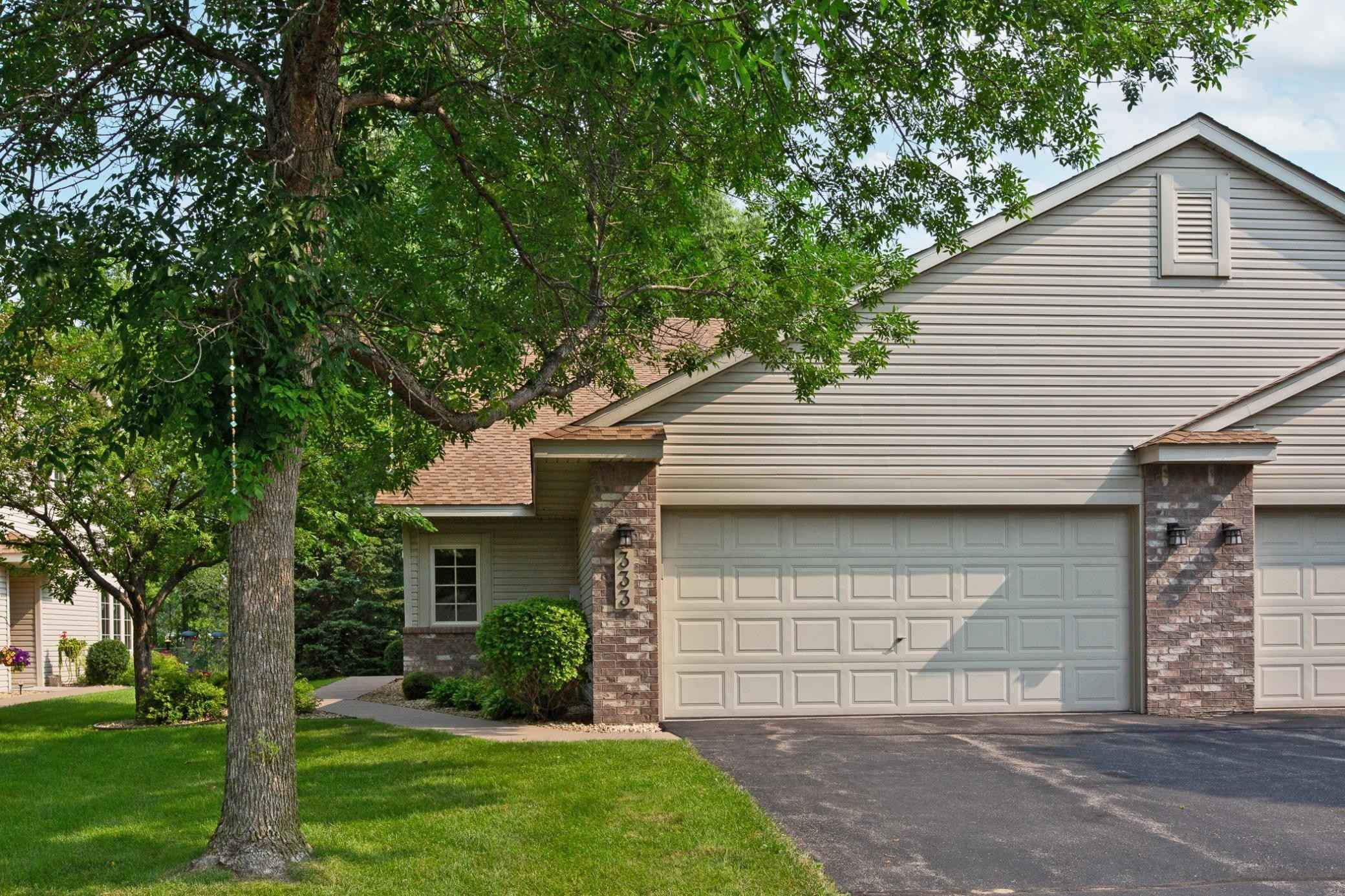 View 40 photos of this 2 bed, 3 bath, and 1,804 sqft. condo home located at 333 Allen Ave, Saint Paul, Minnesota 55117 is Active for $309,900.