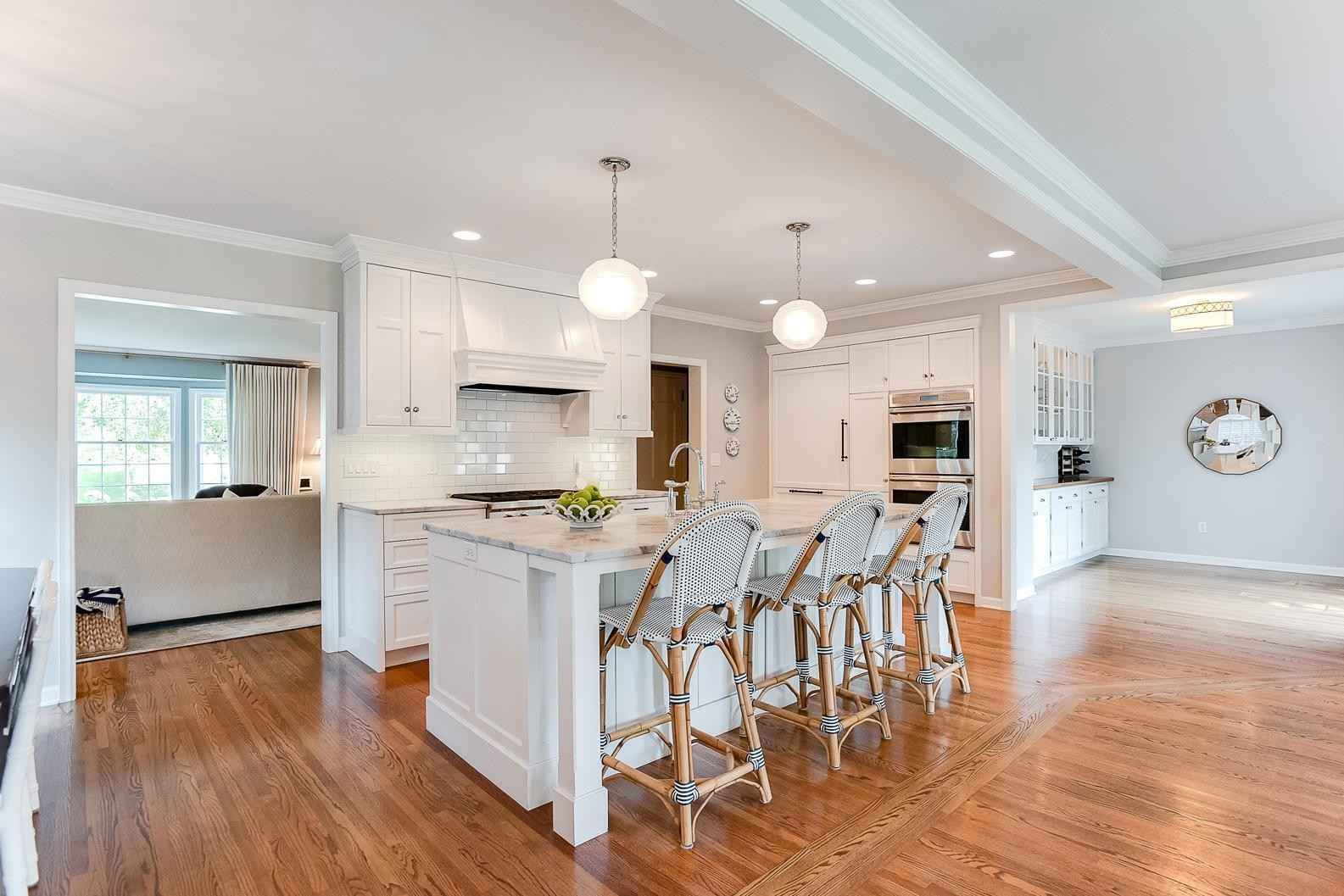 View 70 photos of this 4 bed, 3 bath, and 3,039 sqft. single_family home located at 4607 Arden Ave, Minneapolis, Minnesota 55424 is Active for $1,199,900.