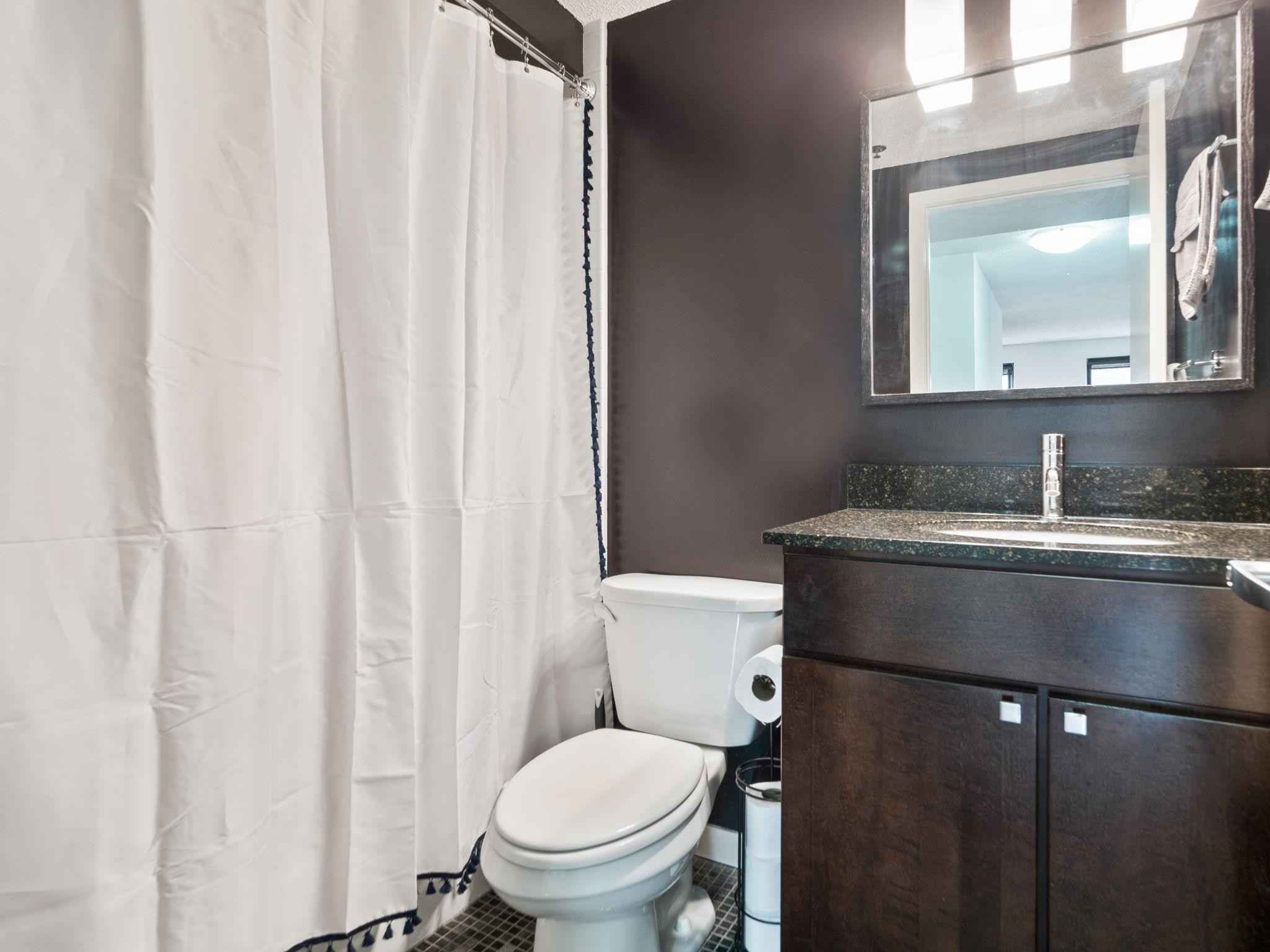 View 35 photos of this 1 bed, 1 bath, and 774 sqft. condo home located at 48 Groveland Ter Unit B302, Minneapolis, Minnesota 55403 is Active for $189,900.