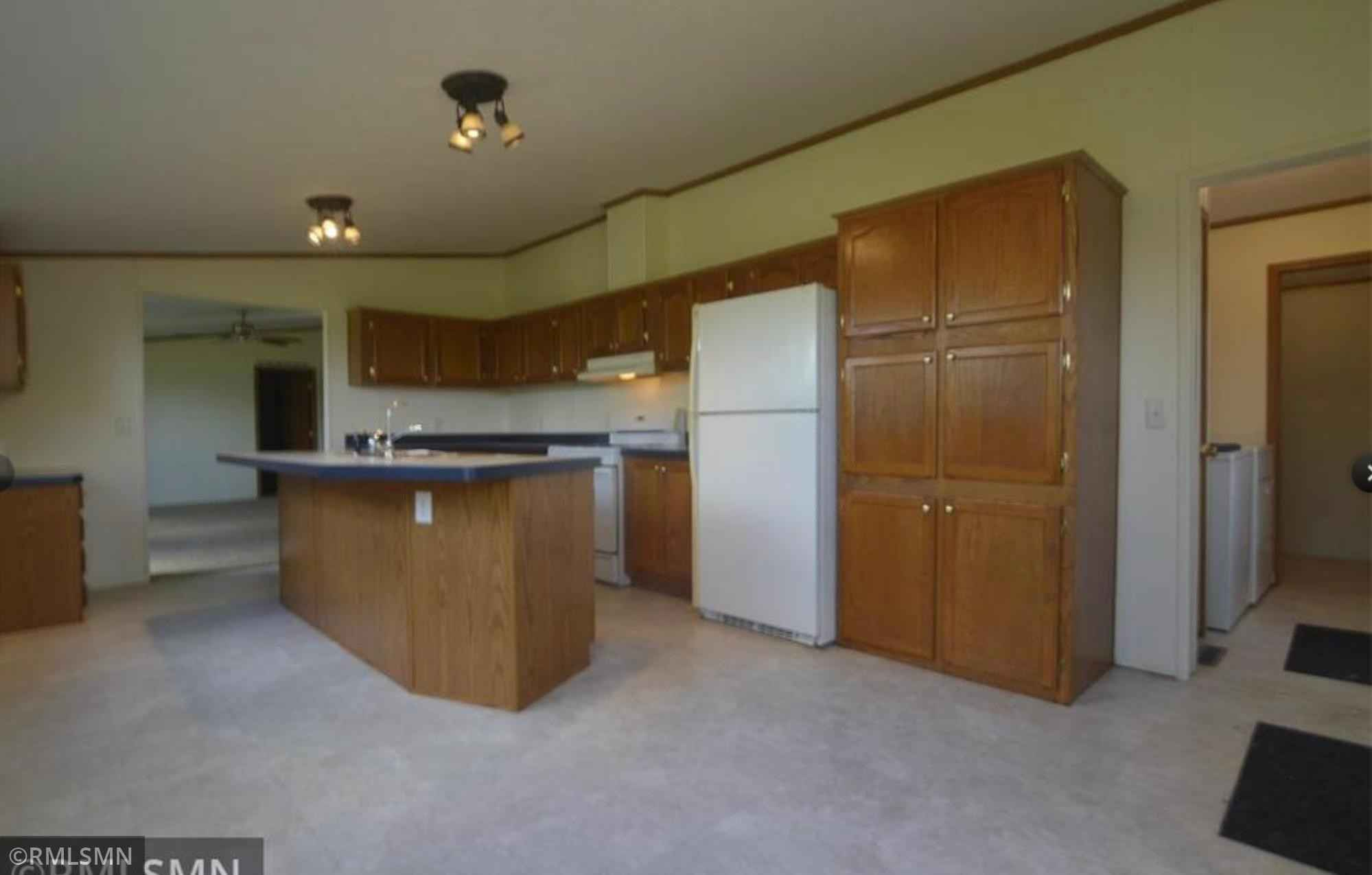 View 32 photos of this 3 bed, 2 bath, and 1,352 sqft. mobile home located at 26552 Pelkey Creek Rd, Hinckley, Minnesota 55037 is Active for $135,000.