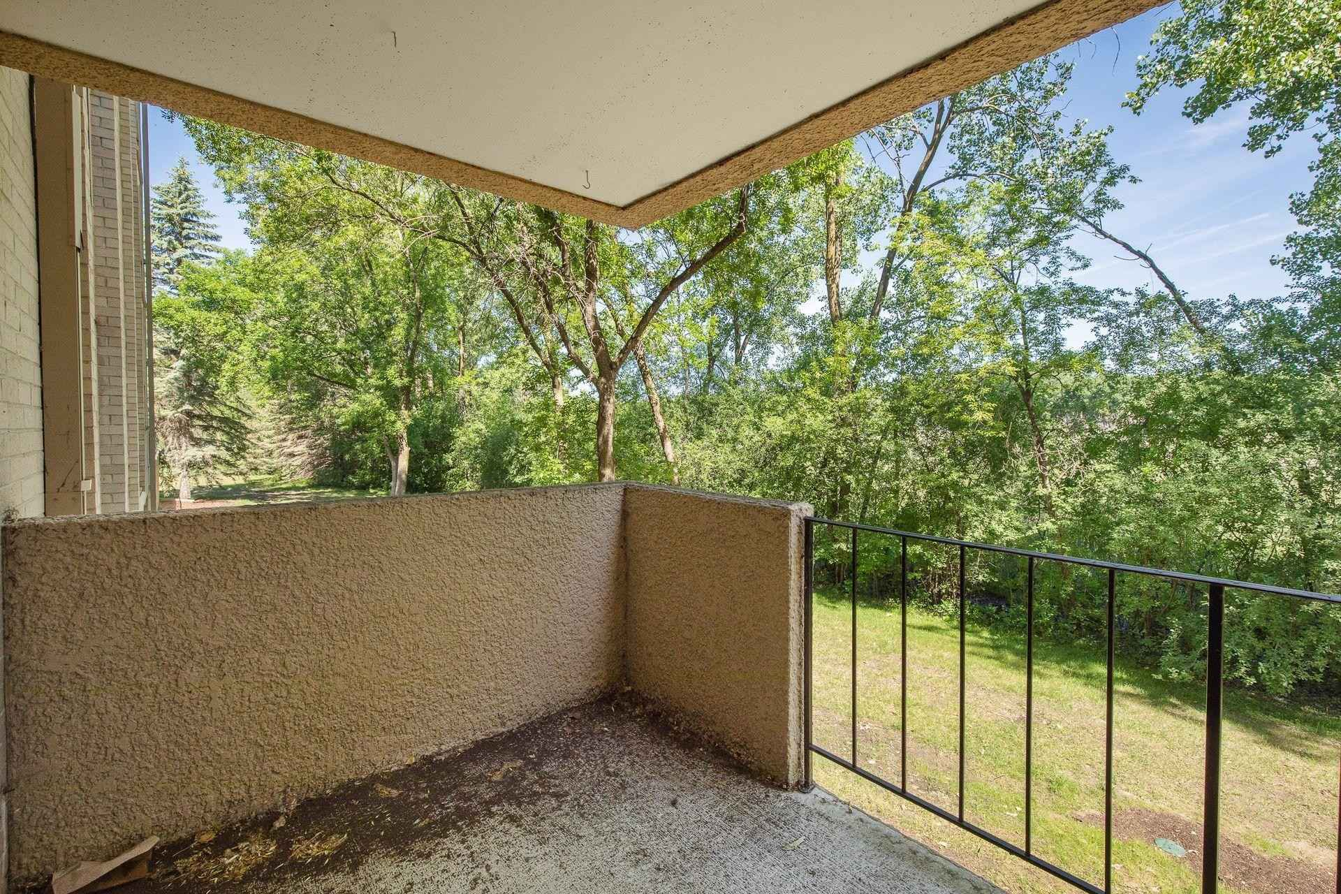 View 30 photos of this 2 bed, 1 bath, and 903 sqft. condo home located at 6670 Vernon Ave S Apt 107, Edina, Minnesota 55436 is Active for $155,000.