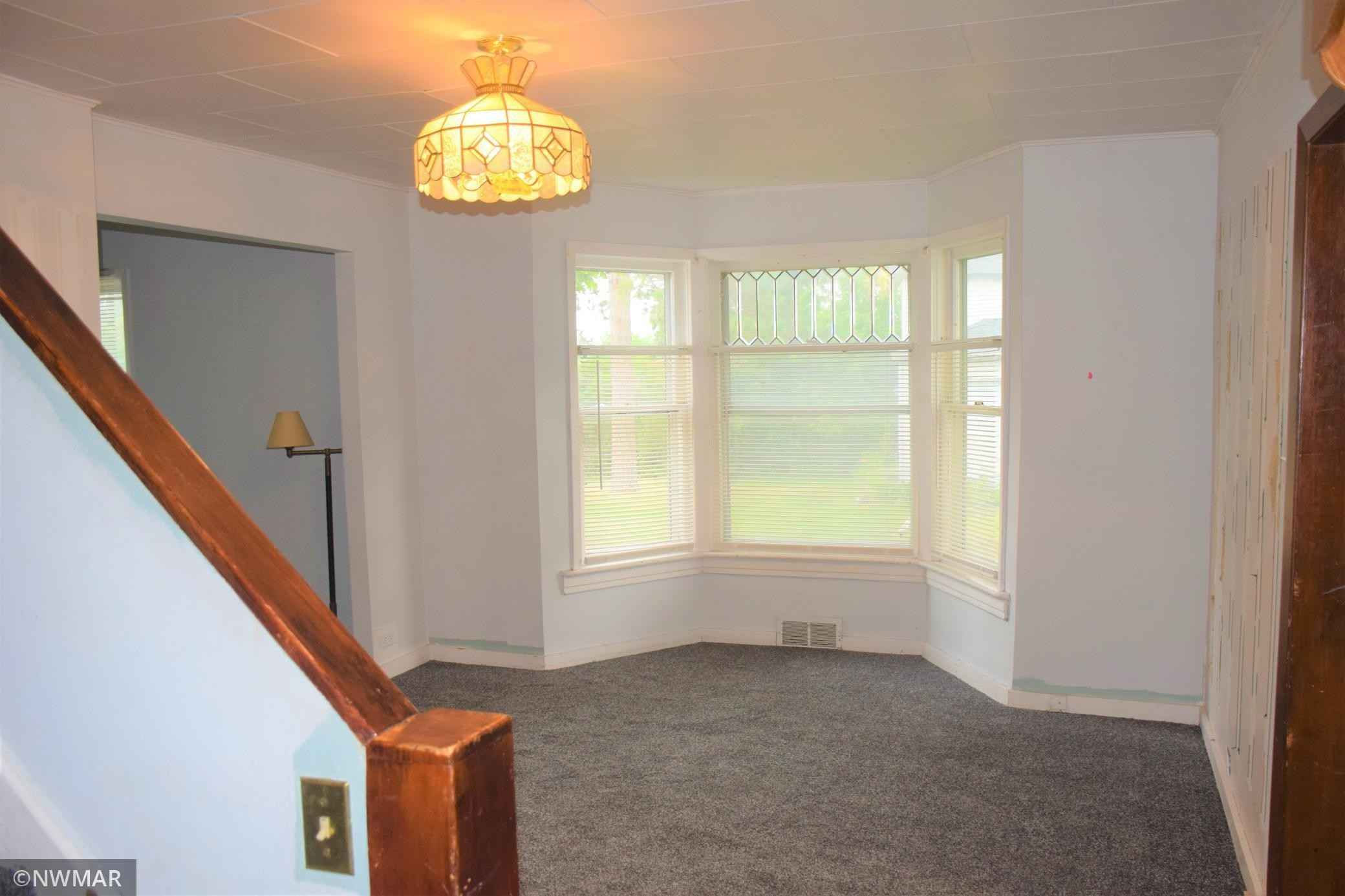 View 18 photos of this 3 bed, 1 bath, and 1,022 sqft. single_family home located at 1417 Irvine Ave NW, Bemidji, Minnesota 56601 is Pending for $99,900.