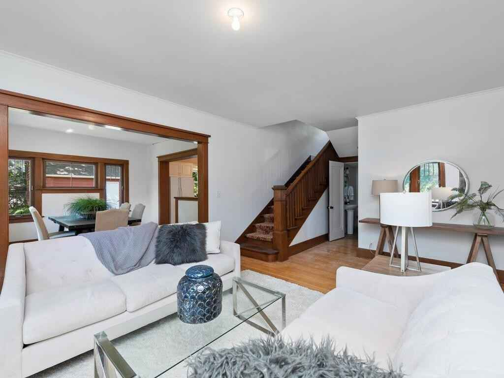 View 29 photos of this 3 bed, 3 bath, and 2,570 sqft. single_family home located at 548 Mill St, Excelsior, Minnesota 55331 is Active for $599,900.