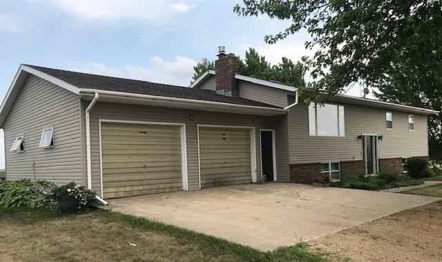 View 31 photos of this 4 bed, 2 bath, and 3,024 sqft. single_family home located at 13709 Fairview Ave, Revere, Minnesota 56166 is Active for $265,000.
