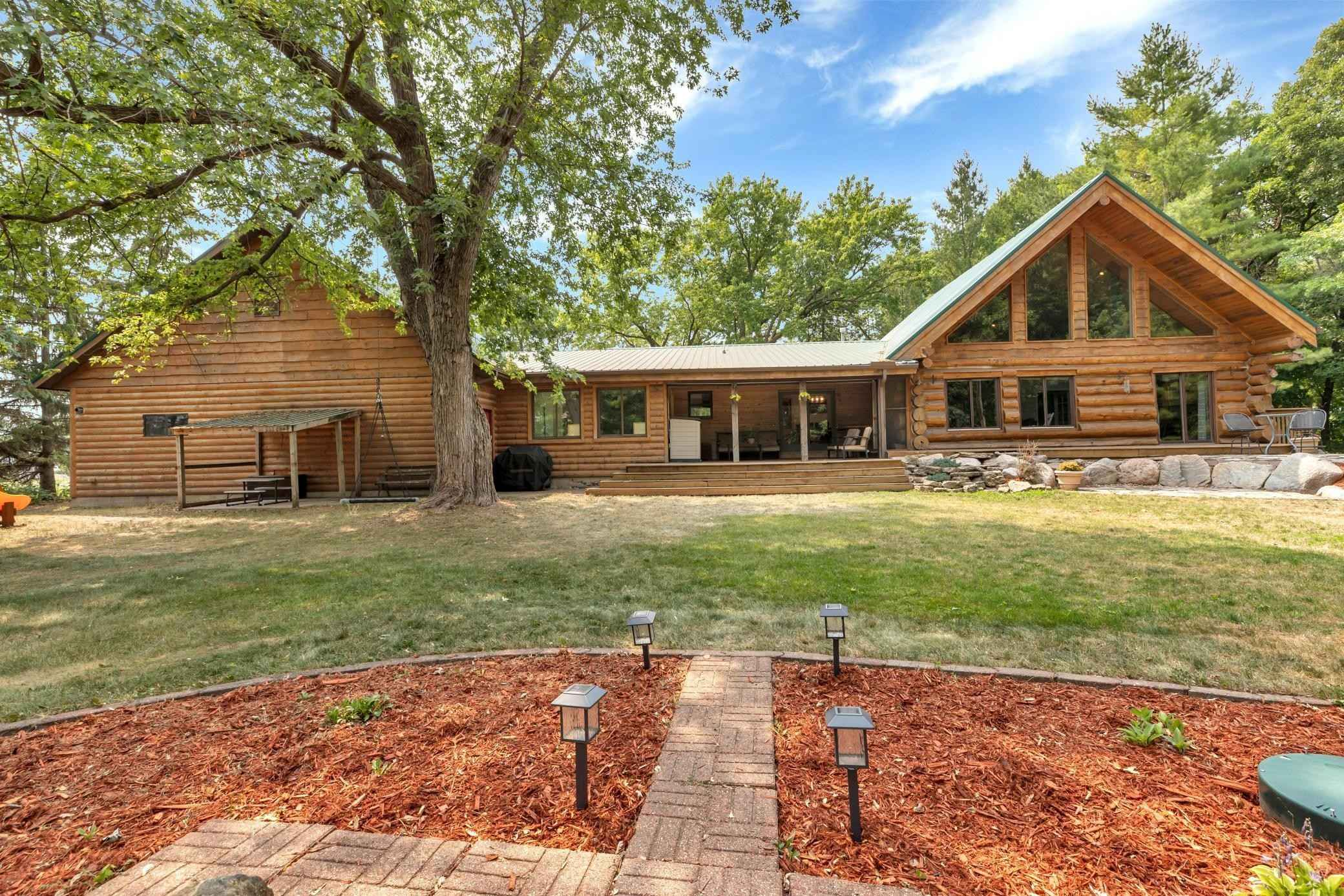 View 48 photos of this 4 bed, 3 bath, and 3,301 sqft. single_family home located at 15384 Koronis Rd NW, Paynesville, Minnesota 56362 is Active for $385,000.