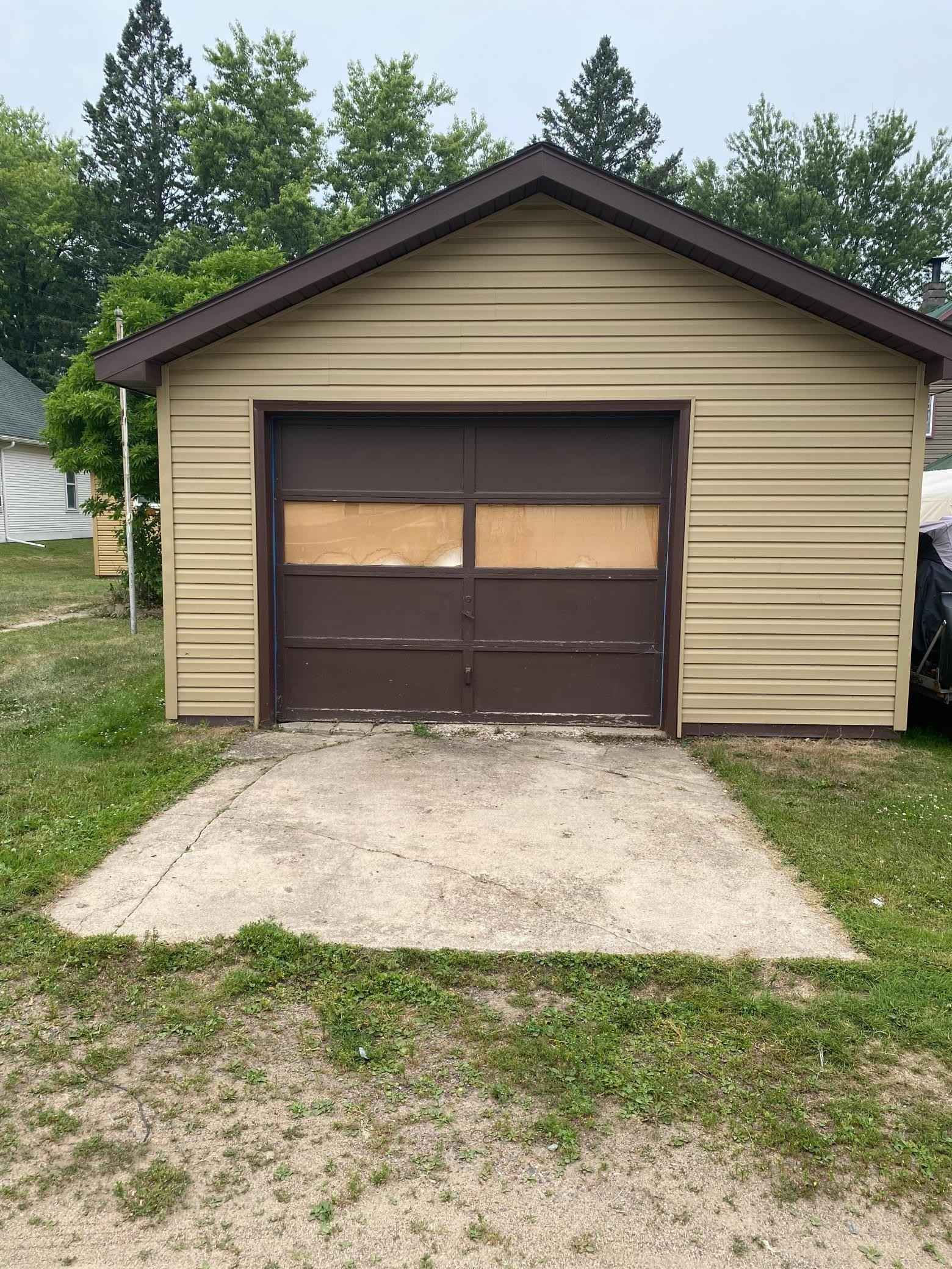 View 16 photos of this 3 bed, 2 bath, and 1,105 sqft. single_family home located at 104 Kate St, Marble, Minnesota 55764 is Active for $69,900.