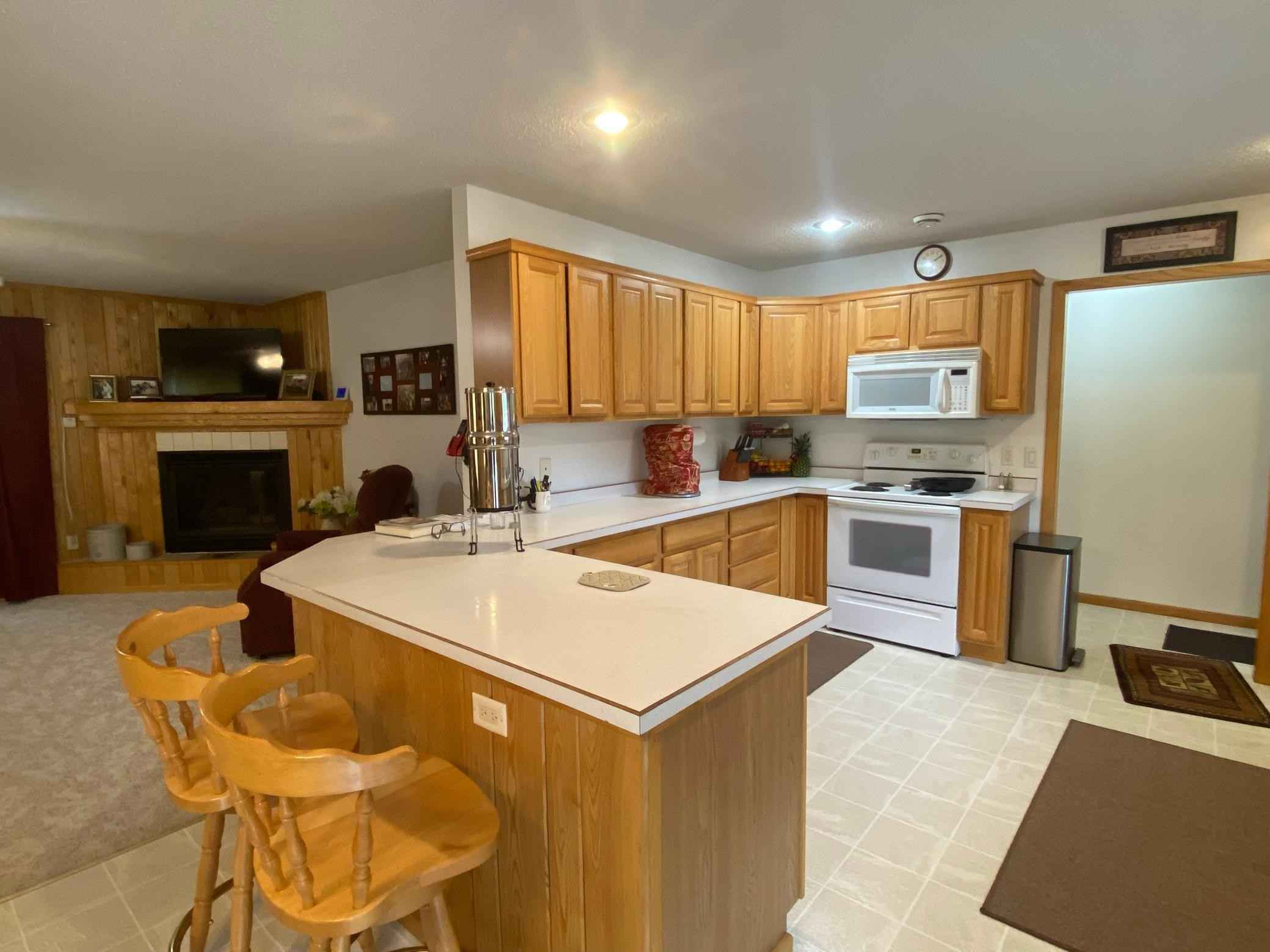 View 45 photos of this 2 bed, 2 bath, and 1,574 sqft. single_family home located at 29437 Scenic Dr, Grand Rapids, Minnesota 55744 is Active for $219,900.