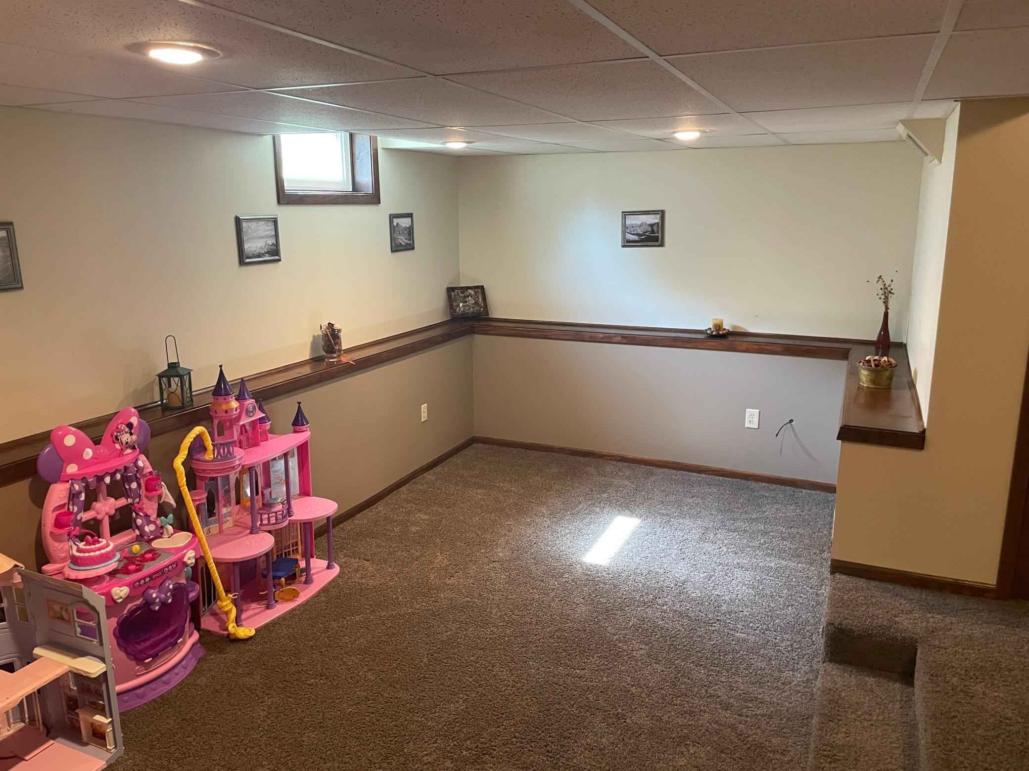 View 21 photos of this 3 bed, 1 bath, and 1,884 sqft. single_family home located at 209 3rd St W, Jordan, Minnesota 55352 is Active for $224,900.