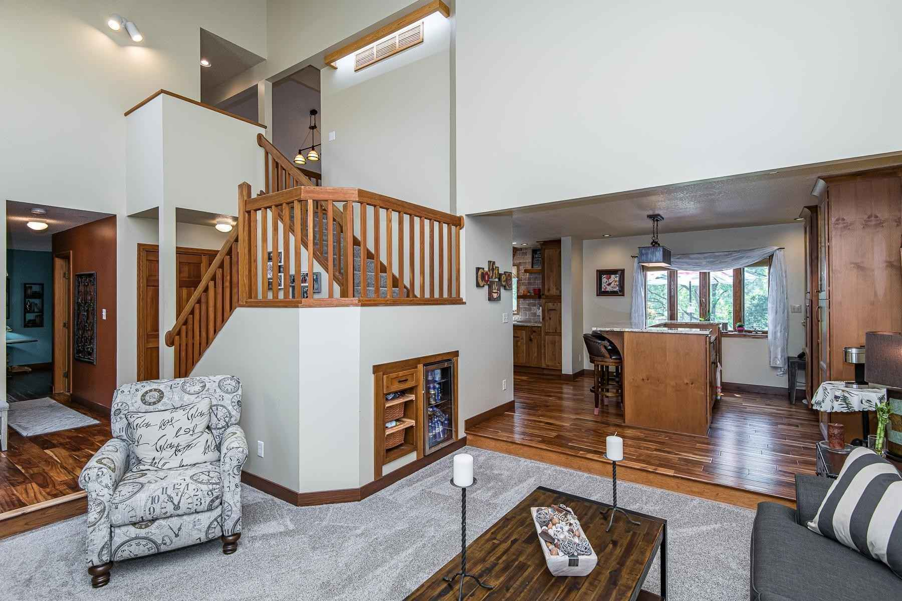 View 67 photos of this 4 bed, 4 bath, and 3,064 sqft. single_family home located at 2534 Salem Rd SW, Rochester, Minnesota 55902 is Pending for $650,000.