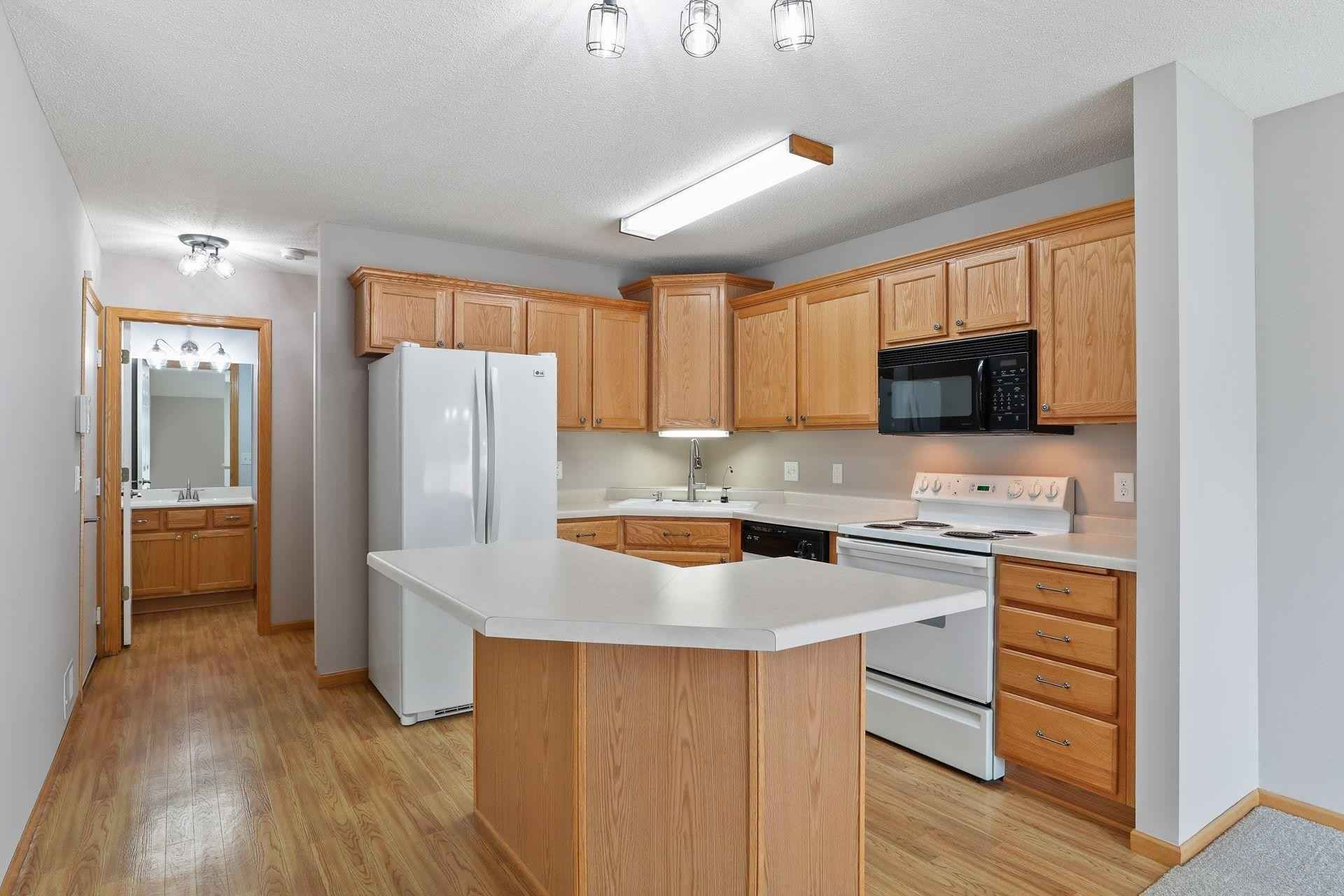 View 36 photos of this 2 bed, 2 bath, and 1,506 sqft. condo home located at 1319 123rd Dr NE, Blaine, Minnesota 55434 is Active for $234,900.