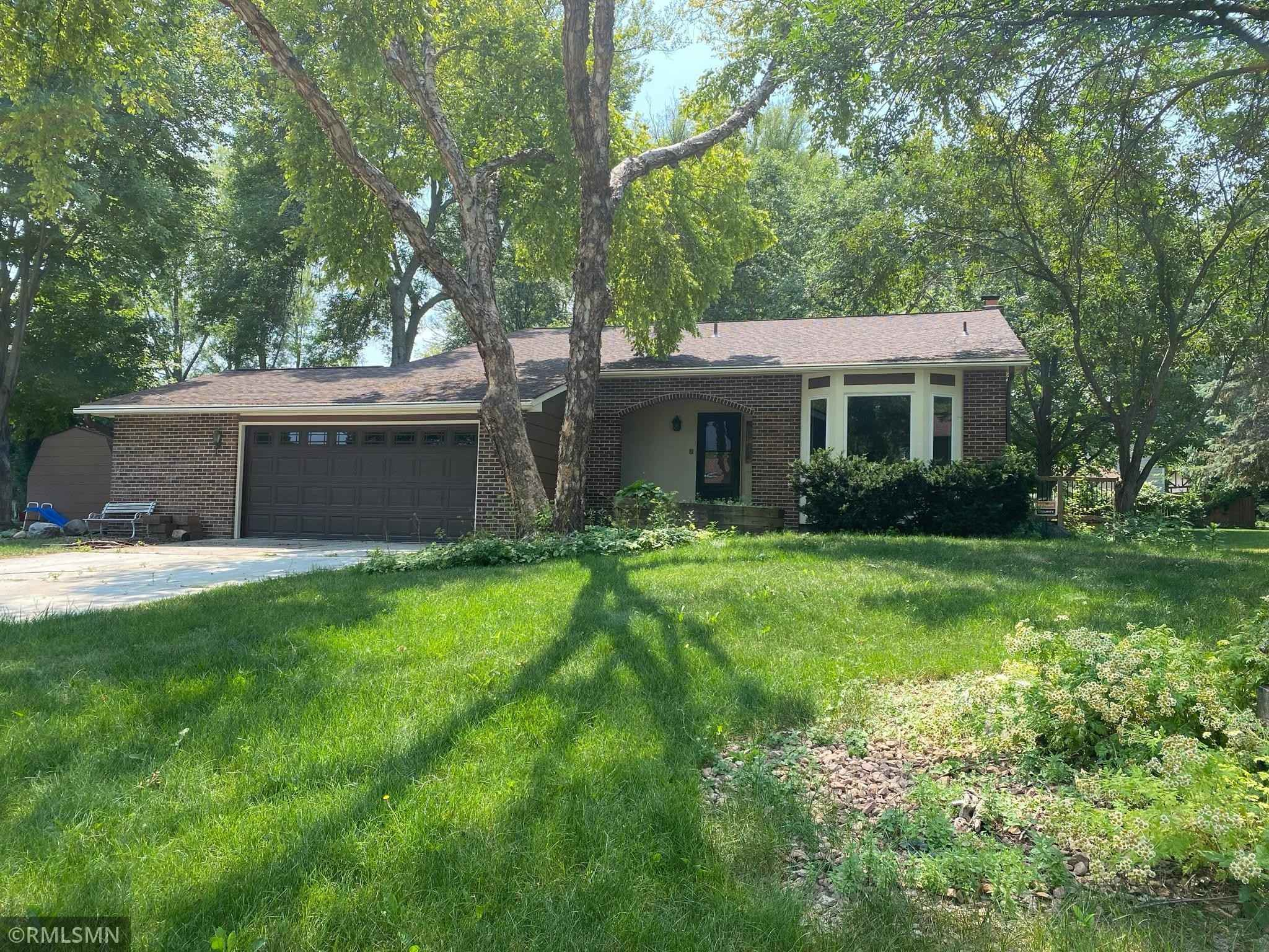 View 18 photos of this 4 bed, 2 bath, and 2,280 sqft. single_family home located at 10005 49th Ave N, Plymouth, Minnesota 55442 is Pending for $309,900.