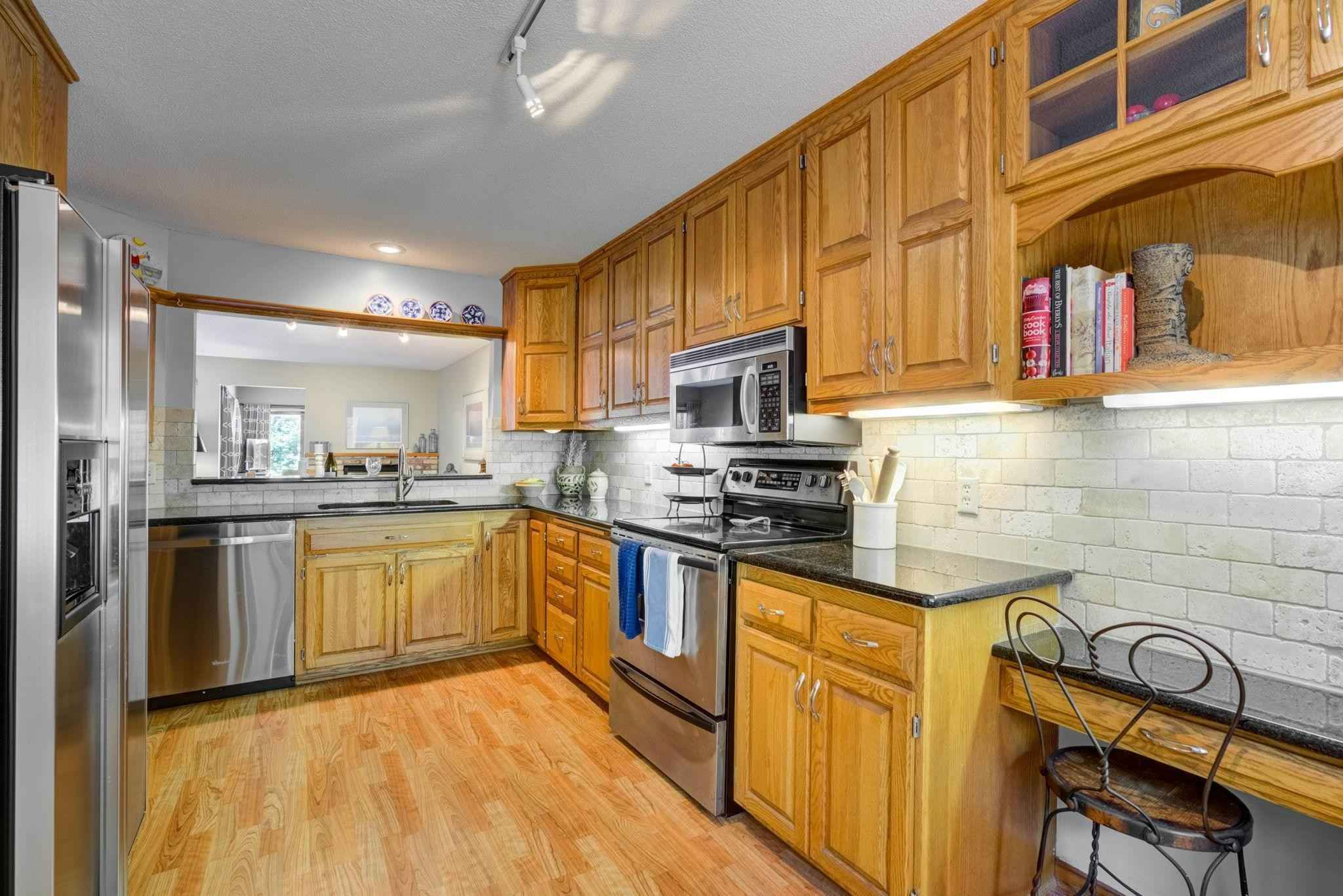 View 26 photos of this 1 bed, 3 bath, and 2,142 sqft. condo home located at 6216 Vernon Ct S, Edina, Minnesota 55436 is Active for $329,900.