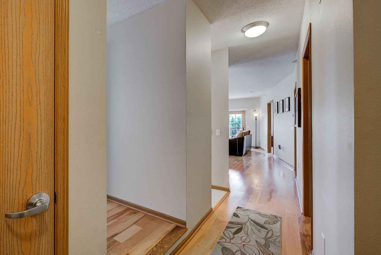 View 21 photos of this 1 bed, 1 bath, and 1,090 sqft. condo home located at 750 Mainstreet Apt 302, Hopkins, Minnesota 55343 is Active for $249,900.