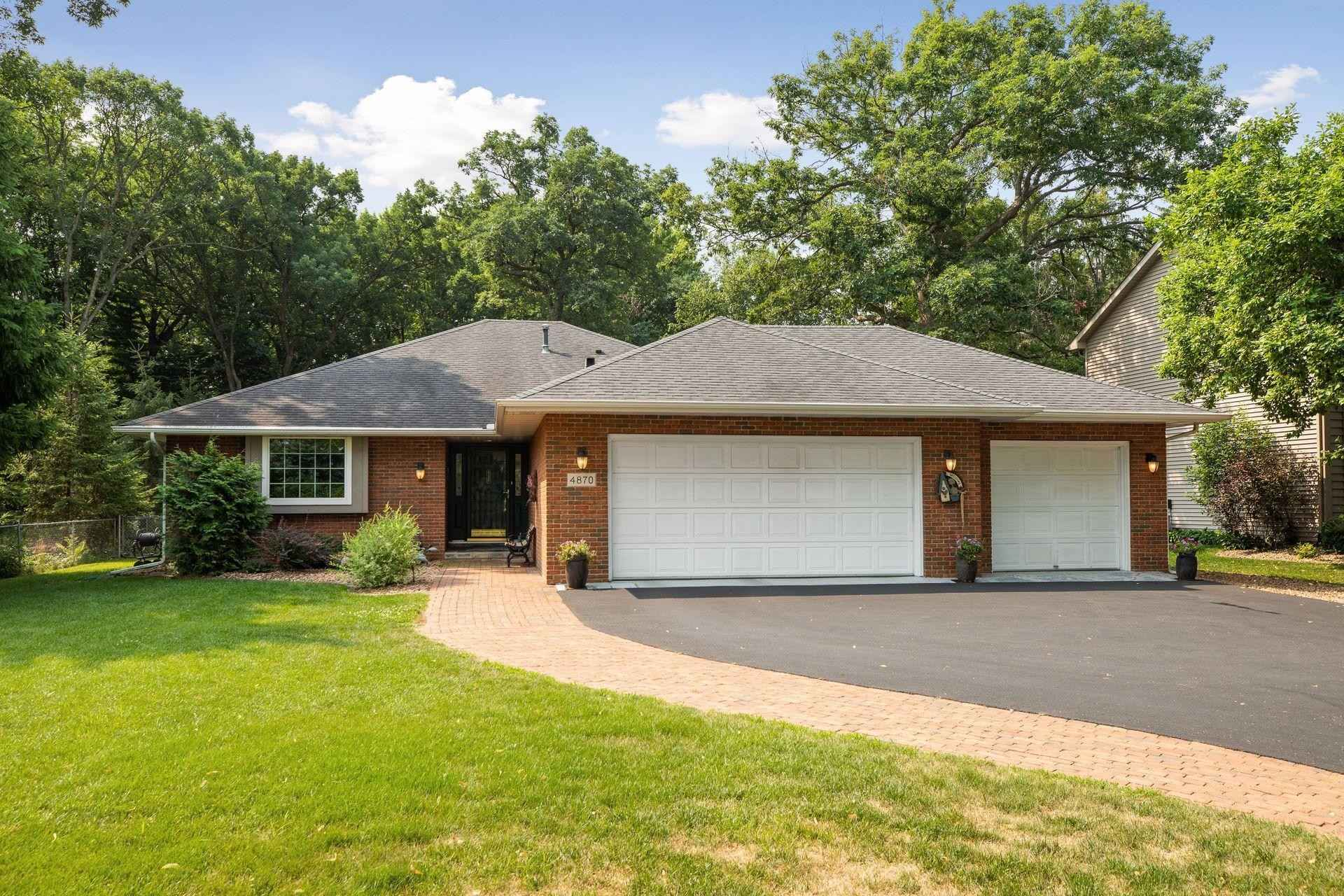 View 42 photos of this 3 bed, 3 bath, and 2,670 sqft. single_family home located at 4870 White Bear Pkwy, White Bear Lake, Minnesota 55110 is Active for $445,000.