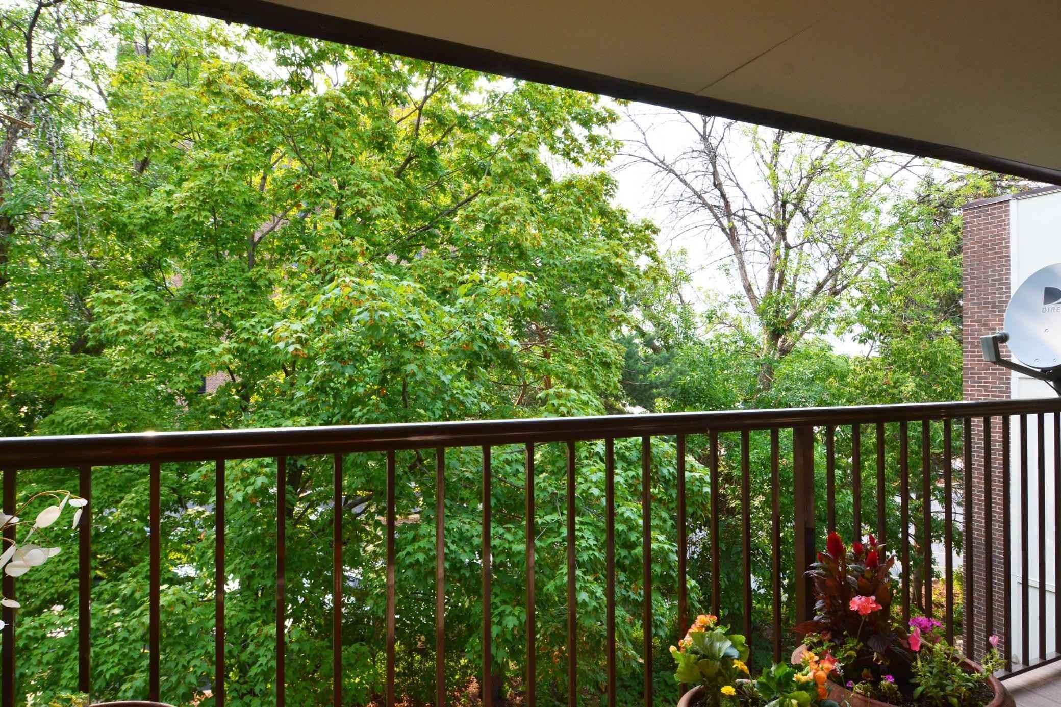 View 40 photos of this 2 bed, 2 bath, and 1,020 sqft. condo home located at 4860 Park Commons Dr Apt 309, Saint Louis Park, Minnesota 55416 is Pending for $219,900.