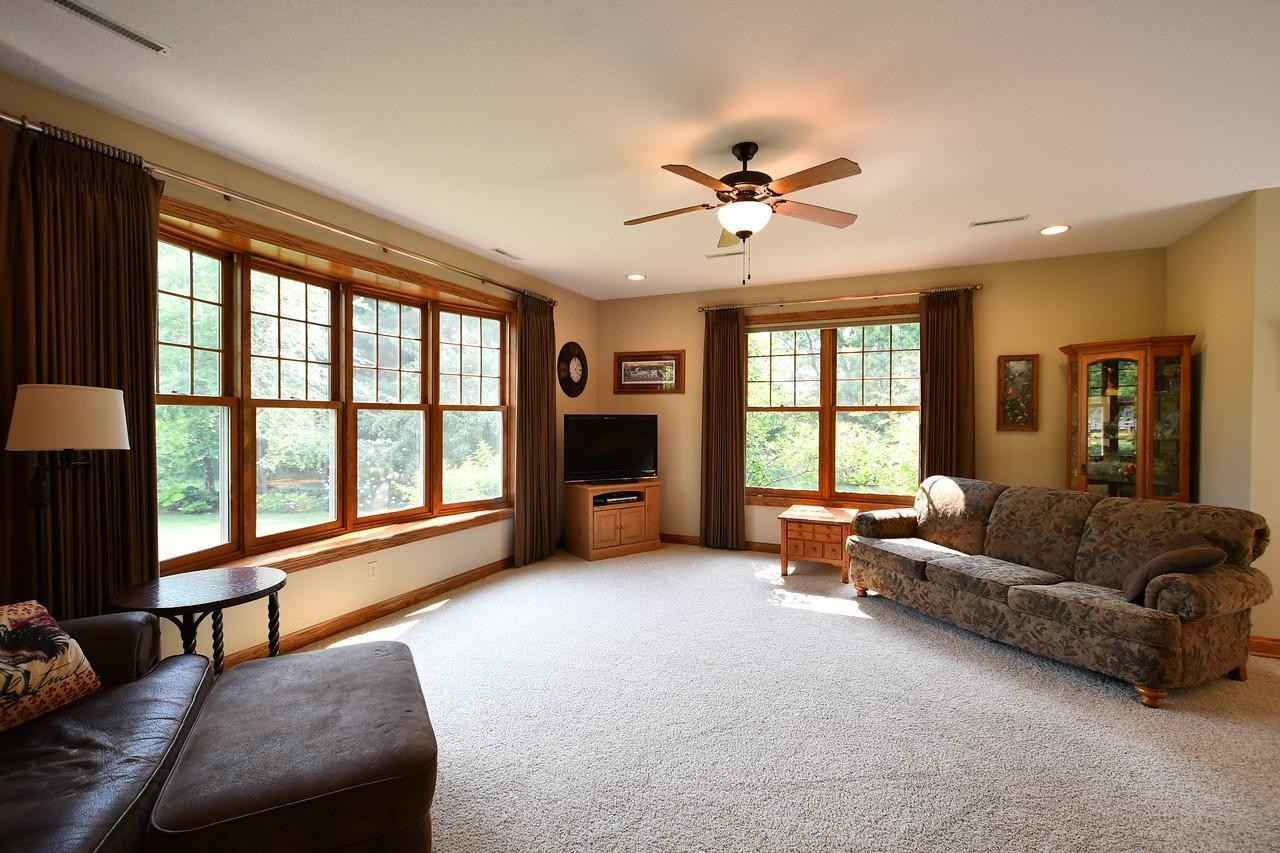 View 49 photos of this 3 bed, 3 bath, and 2,009 sqft. single_family home located at 12929 County 11 Blvd, Wanamingo, Minnesota 55983 is Pending for $549,900.