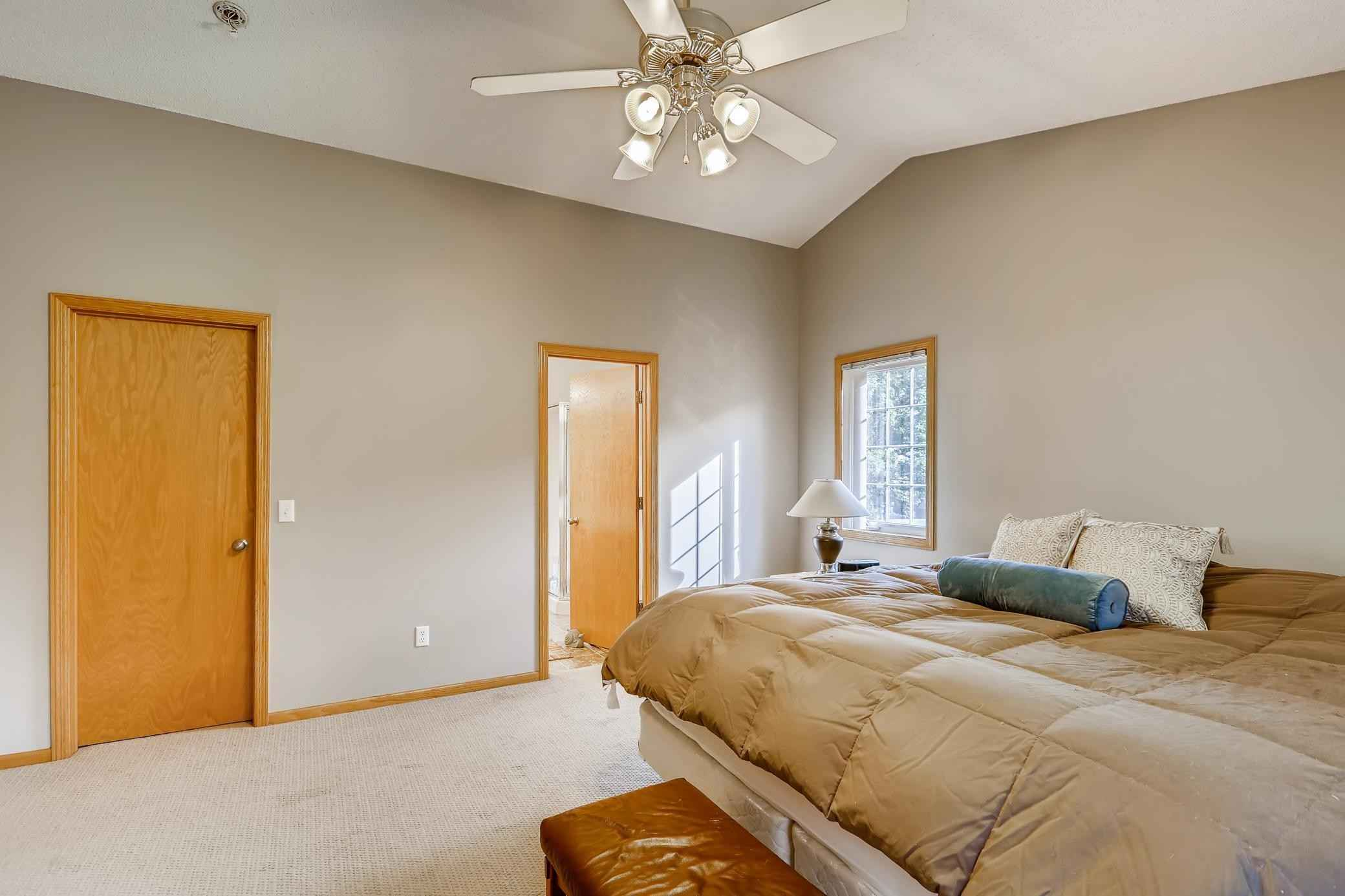 View 28 photos of this 3 bed, 2 bath, and 1,784 sqft. single_family home located at 15688 Crystal Ct, Rosemount, Minnesota 55068 is Active for $395,000.