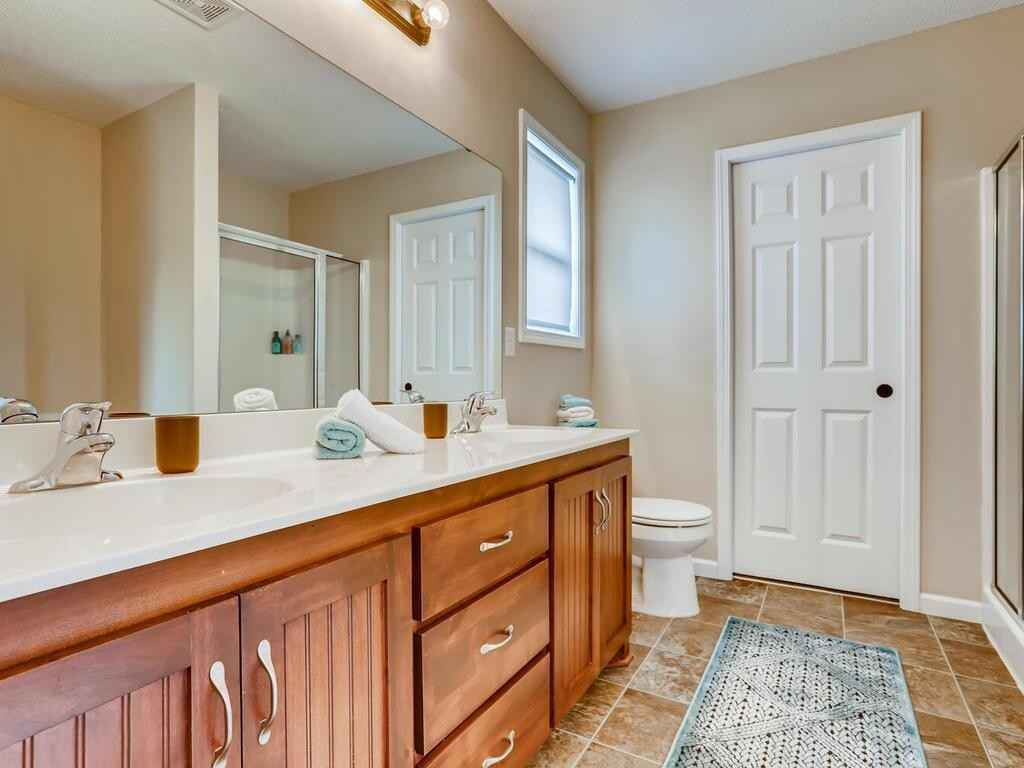View 32 photos of this 4 bed, 3 bath, and 2,005 sqft. single_family home located at 905 Patriot Cir, Montrose, Minnesota 55363 is Pending for $309,900.