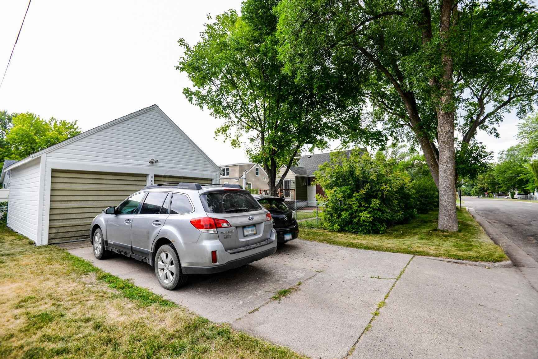 View 53 photos of this 2 bed, 1 bath, and 1,205 sqft. single_family home located at 524 12th St N, Moorhead, Minnesota 56560 is Active for $175,000.