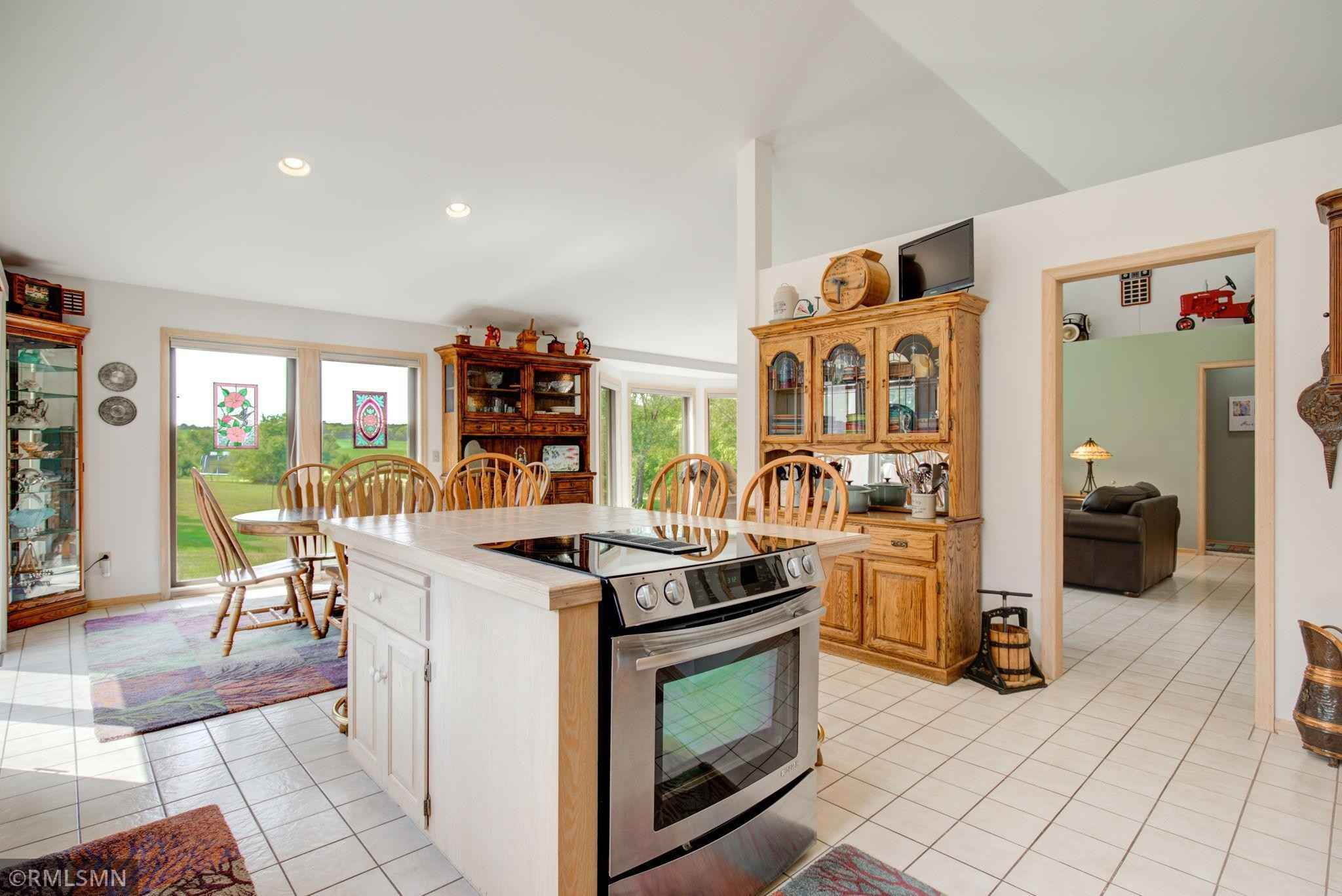View 22 photos of this 4 bed, 3 bath, and 2,725 sqft. single_family home located at 28605 Harry Ave, Randolph, Minnesota 55065 is Pending for $459,000.