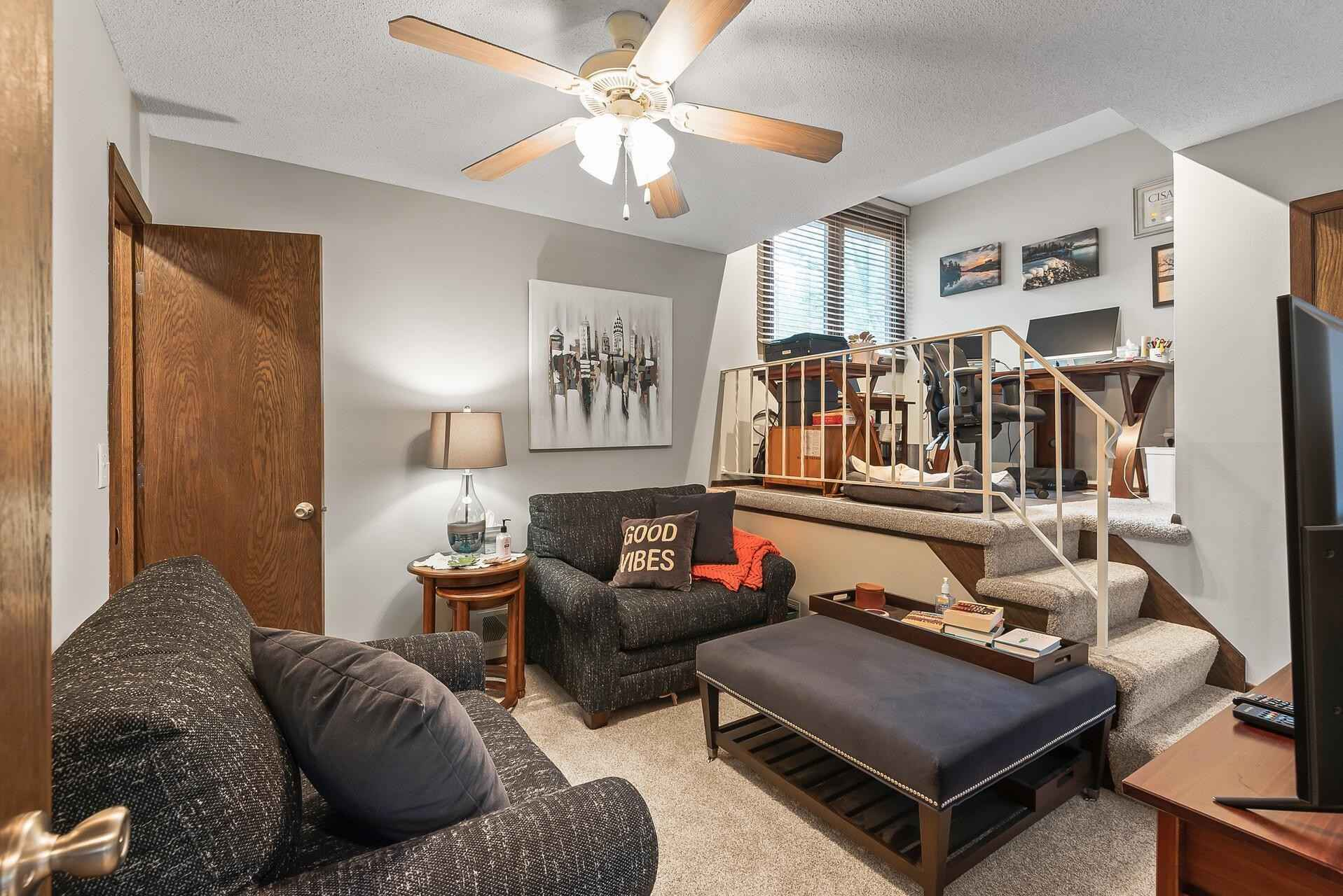 View 42 photos of this 3 bed, 3 bath, and 2,692 sqft. condo home located at 1870 Eagle Ridge Dr Apt 3, Mendota Heights, Minnesota 55118 is Active for $370,000.