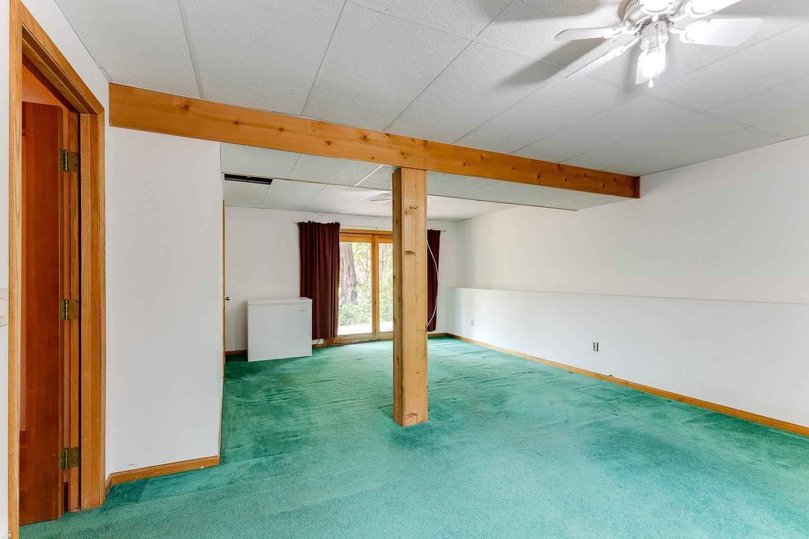 View 56 photos of this 3 bed, 3 bath, and 2,084 sqft. single_family home located at 105 Quaker Ln N, Plymouth, Minnesota 55441 is Pending for $325,000.