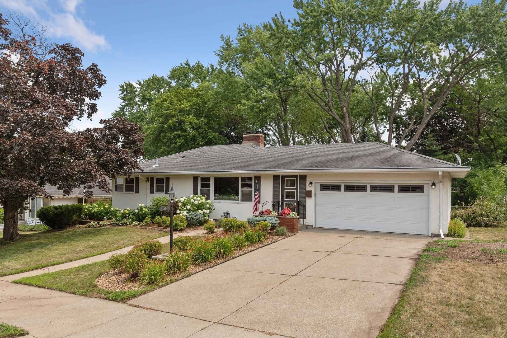 View 39 photos of this 3 bed, 2 bath, and 2,006 sqft. single_family home located at 1264 Stryker Ave, West Saint Paul, Minnesota 55118 is Active for $350,000.