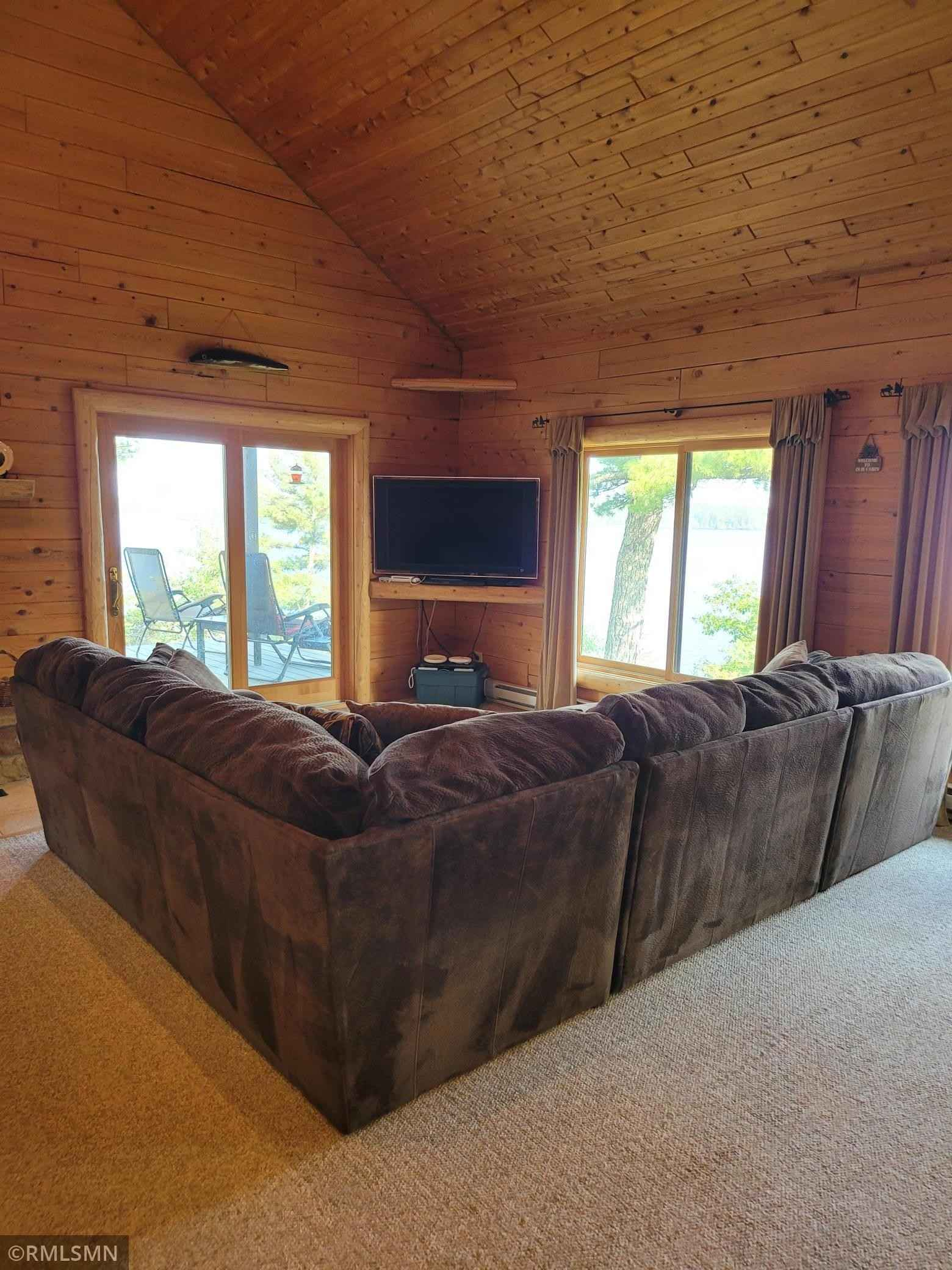 View 31 photos of this 2 bed, 2 bath, and 1,680 sqft. single_family home located at 1744 Grindstone Is, International Falls, Minnesota 56649 is Active for $499,000.