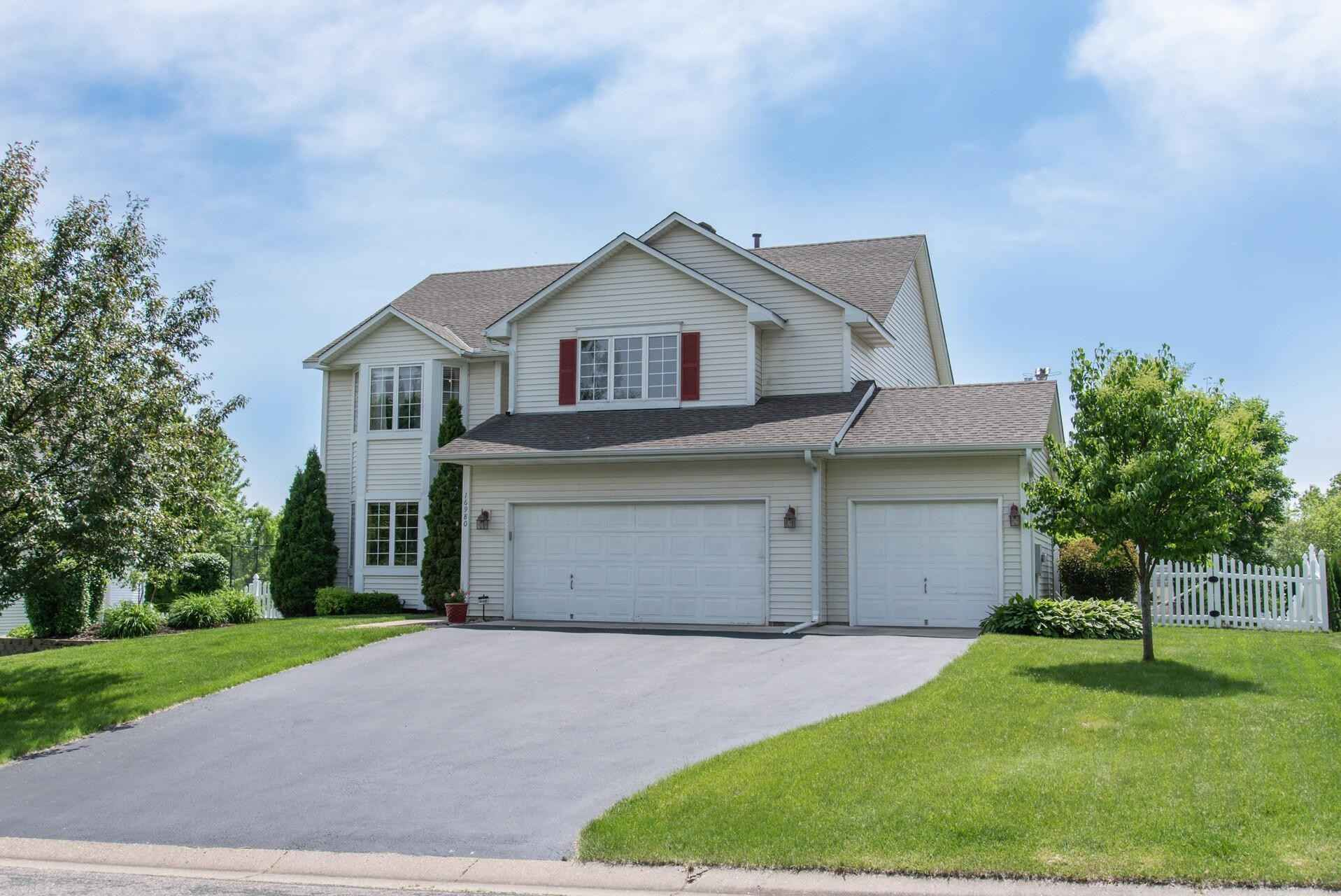View 35 photos of this 5 bed, 4 bath, and 3,706 sqft. single_family home located at 16980 Hubbard Trl, Lakeville, Minnesota 55044 is Pending for $499,900.