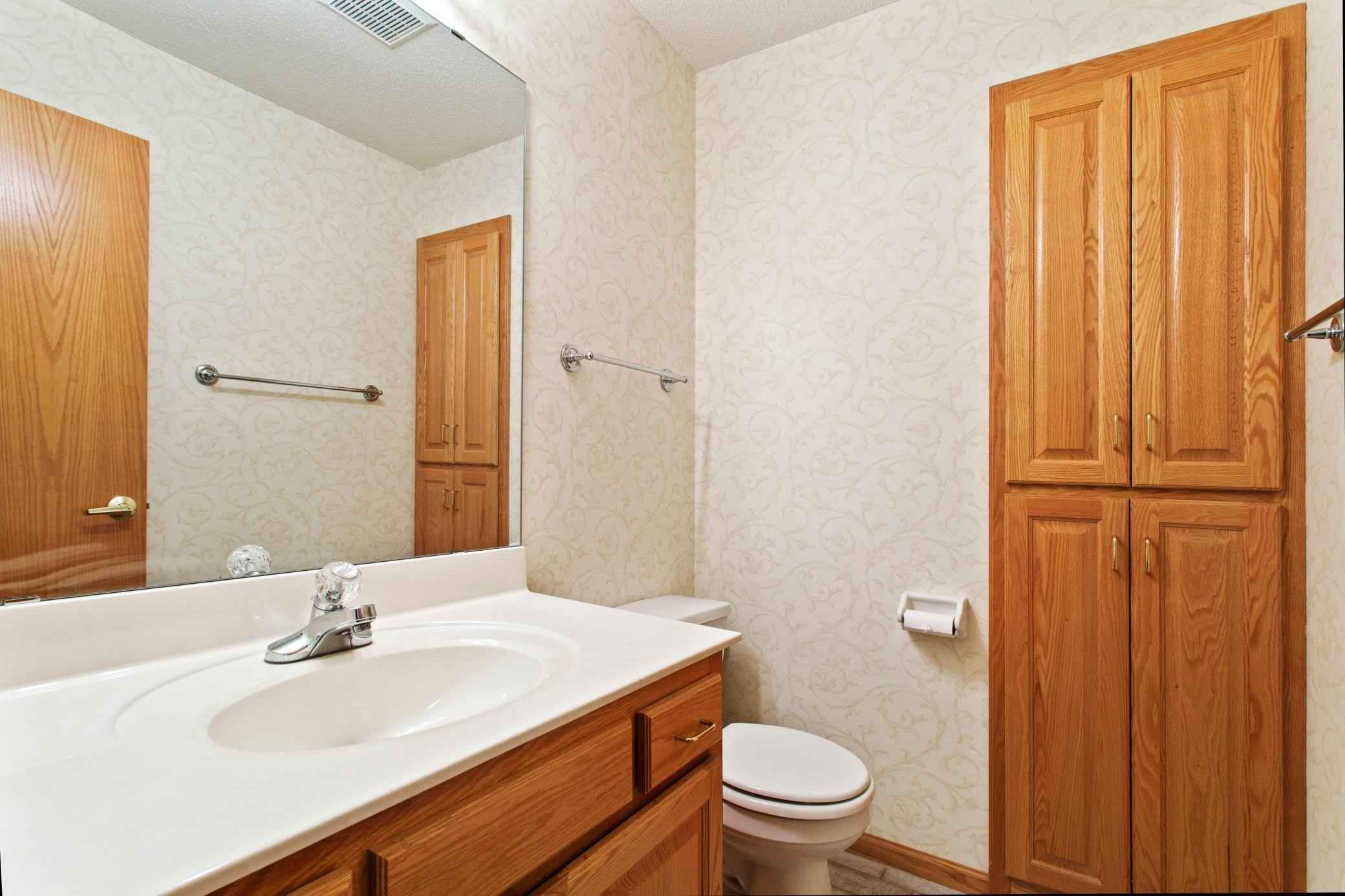 View 20 photos of this 3 bed, 3 bath, and 2,315 sqft. condo home located at 4056 Alpine Ave, Vadnais Heights, Minnesota 55127 is Active for $375,000.