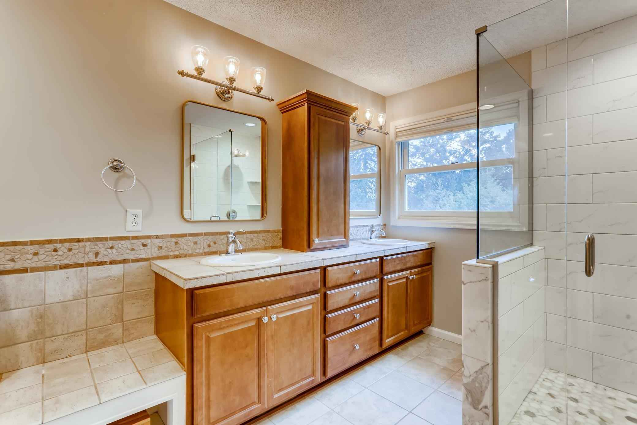 View 27 photos of this 4 bed, 4 bath, and 3,551 sqft. single_family home located at 8745 Cottonwood Ln, Eden Prairie, Minnesota 55347 is Pending for $565,000.