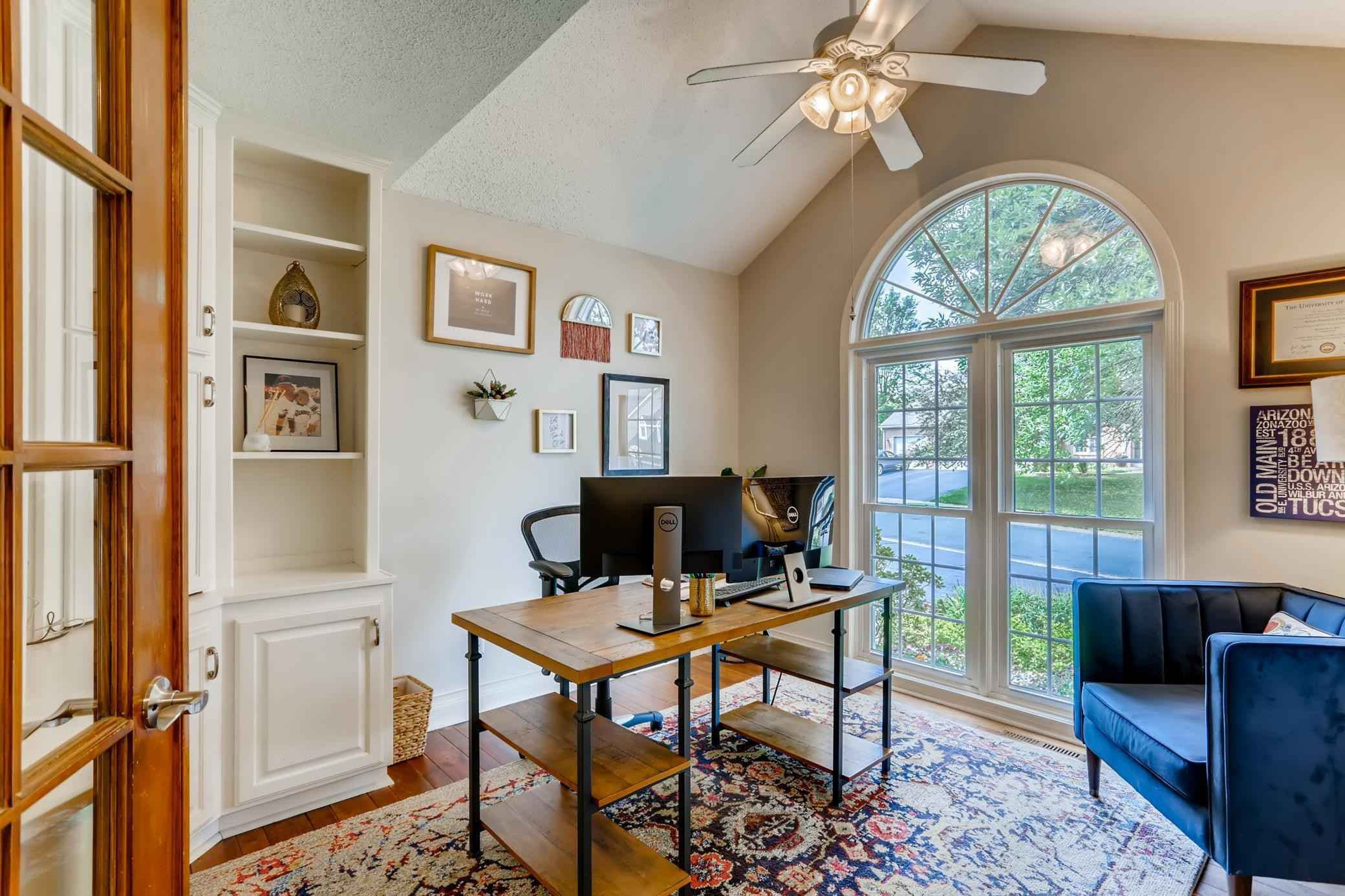 View 41 photos of this 4 bed, 4 bath, and 3,551 sqft. single_family home located at 8745 Cottonwood Ln, Eden Prairie, Minnesota 55347 is Pending for $565,000.