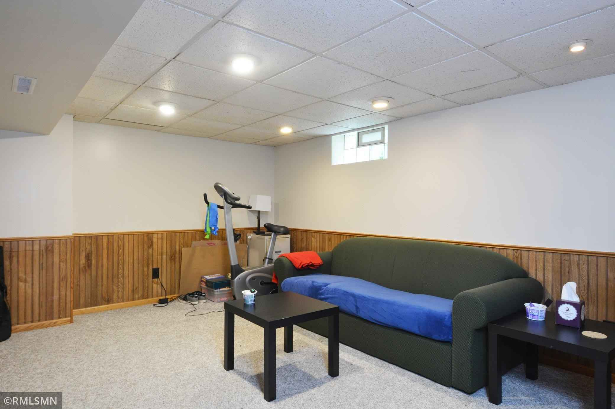 View 23 photos of this 4 bed, 2 bath, and 2,017 sqft. multi_family home located at 1106 Jenks Ave, Saint Paul, Minnesota 55106 is Pending for $299,000.