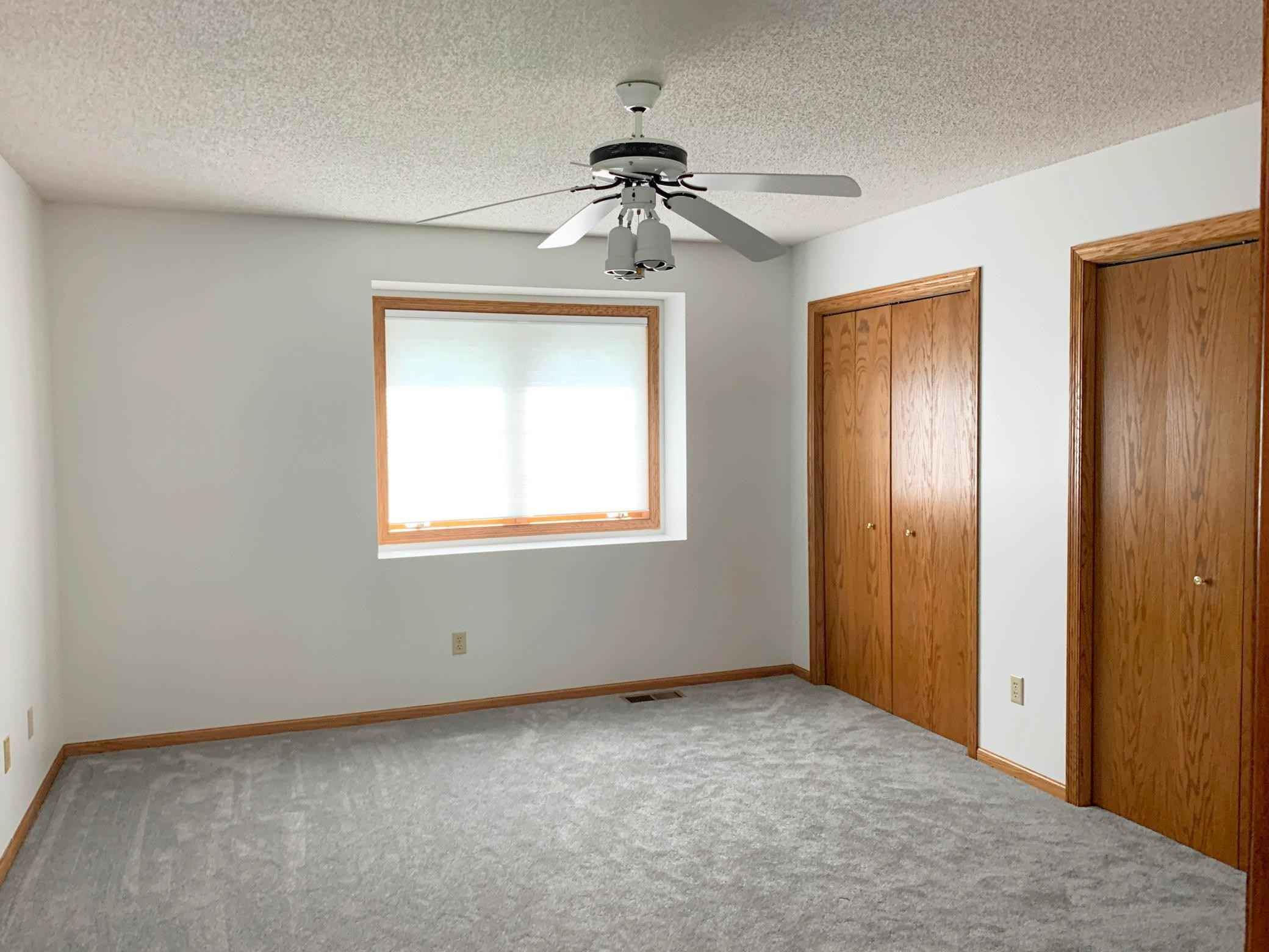 View 21 photos of this 3 bed, 2 bath, and 1,636 sqft. condo home located at 3612 Sussex Pl, Minnetonka, Minnesota 55345 is Pending for $319,900.