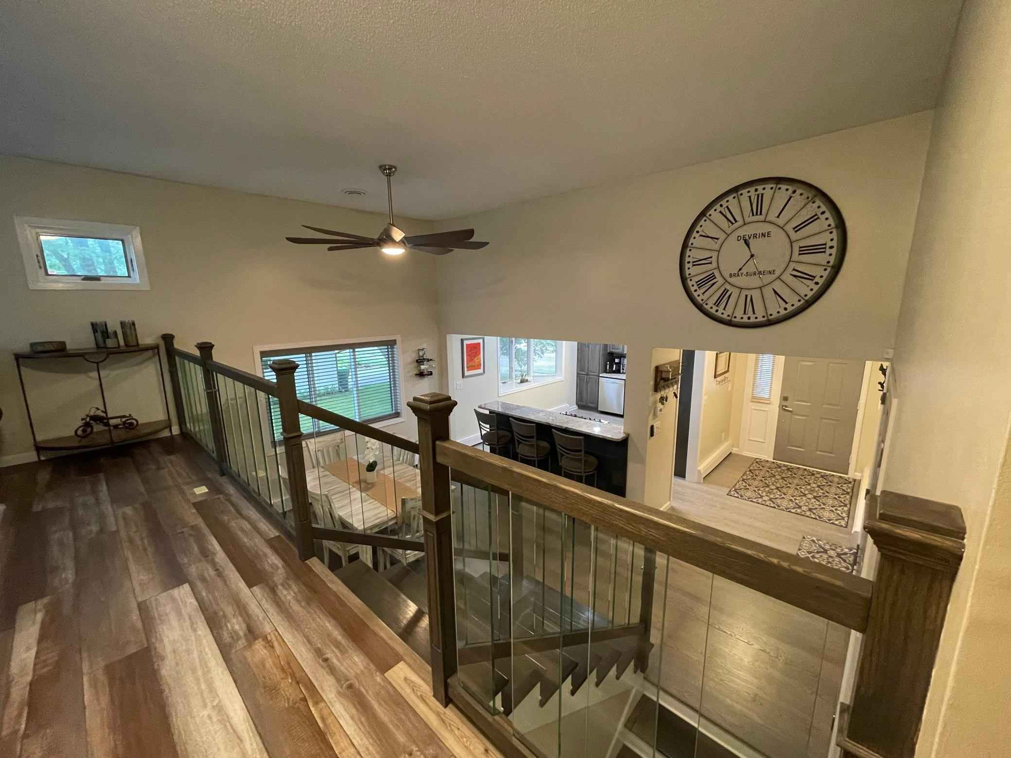 View 38 photos of this 4 bed, 3 bath, and 2,002 sqft. single_family home located at 2484 Navajo Rd, North Saint Paul, Minnesota 55109 is Pending for $419,900.